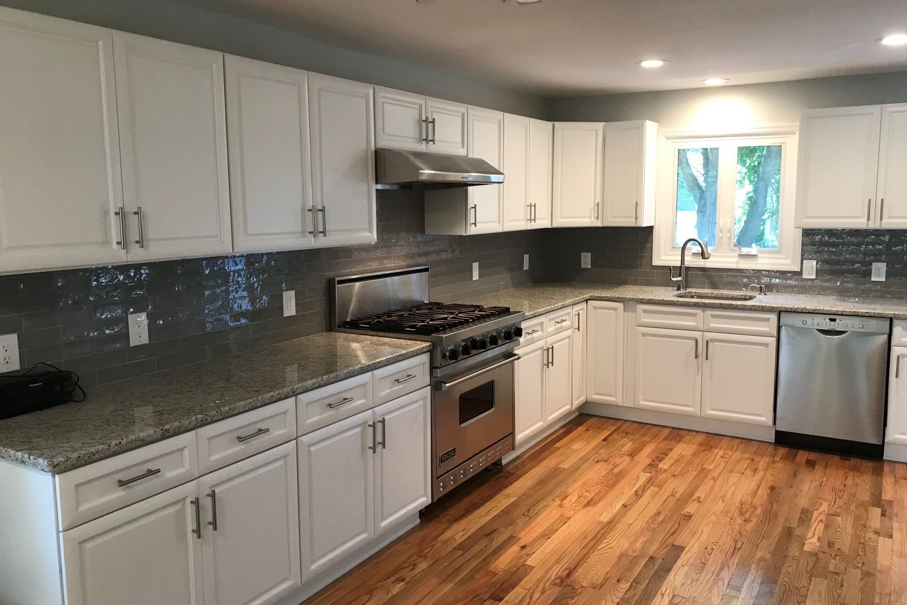Single Family Homes for Sale at Renovated Cape 1675 Springfield Avenue New Providence, New Jersey 07974 United States