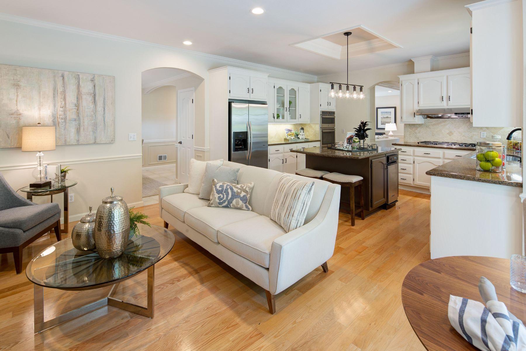 Single Family Homes for Active at Fabulous Westside Alamo Home 46 Vista Lane Alamo, California 94507 United States