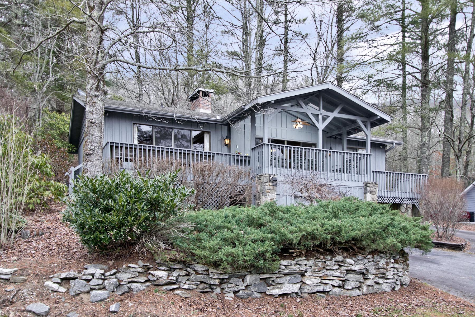 Single Family Home for Sale at 1115 Skylake Drive Highlands, North Carolina, 28741 United States