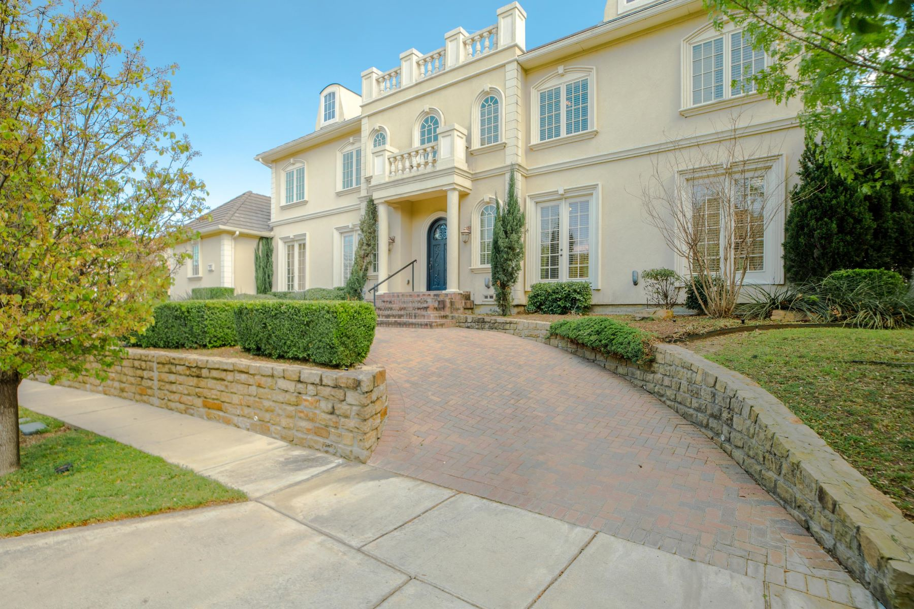 Single Family Homes 용 매매 에 French Traditional on 17th tee of TPC Four Seasons Las Colinas 4798 Byron Circle, Irving, 텍사스 75038 미국