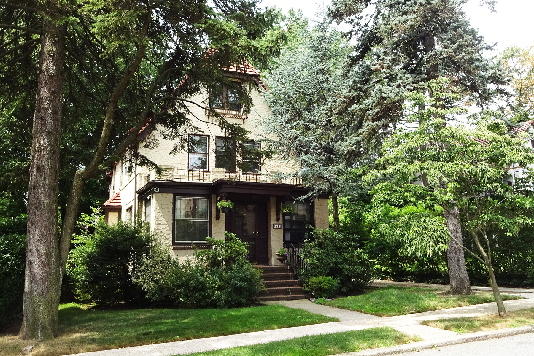 """Single Family Homes for Sale at """"PEACEFUL GARDENS SETTING"""" 51 Wendover Road, Forest Hills Gardens, Queens, New York 11375 United States"""