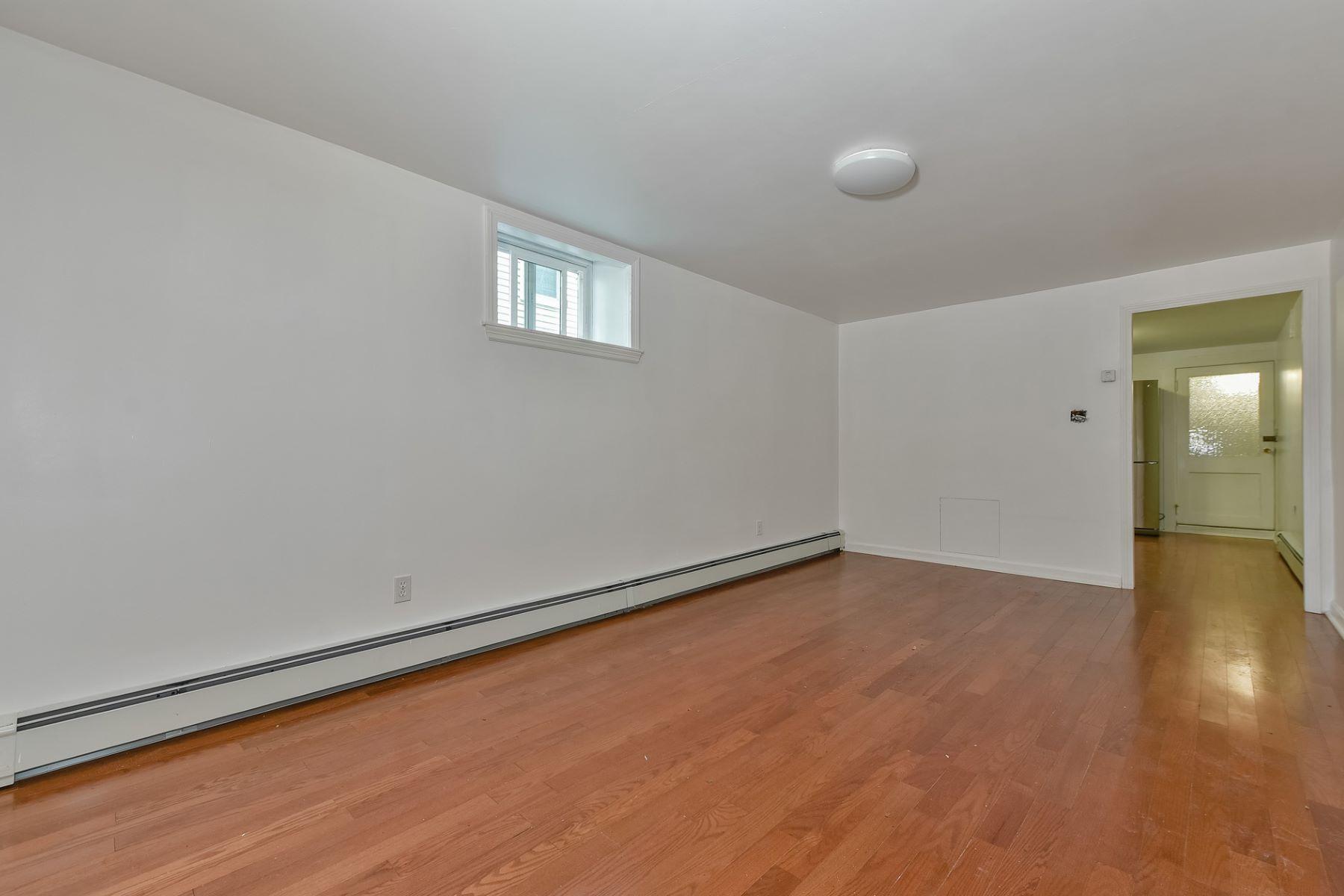 Additional photo for property listing at 10 Dent B, Boston  Boston, Massachusetts 02132 United States