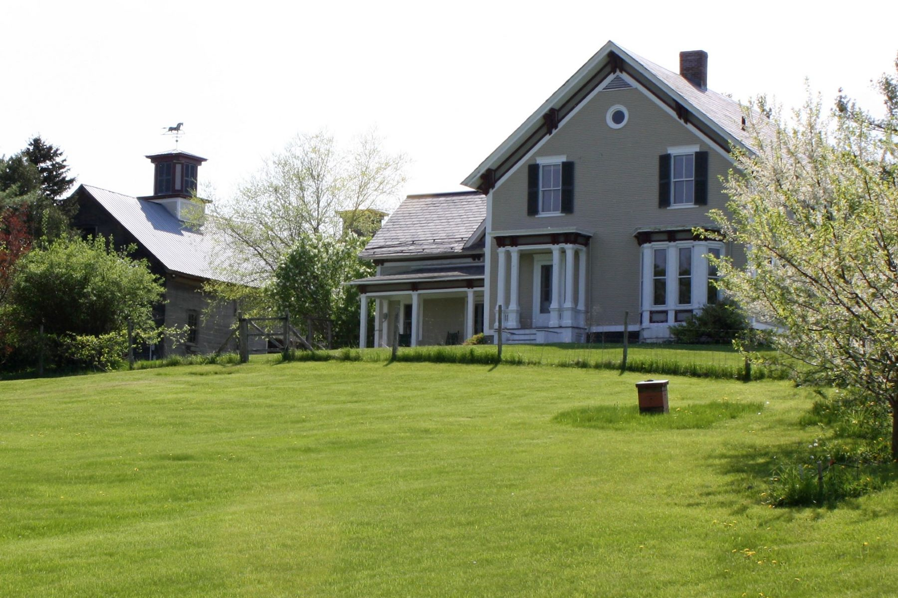 Single Family Home for Sale at 1455 Cider Mill Road, Cornwall 1455 Cider Mill Rd Cornwall, Vermont 05753 United States