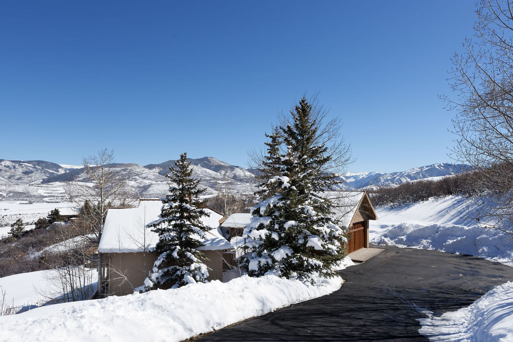 Частный односемейный дом для того Продажа на Sea Colors Rev Trust 1684 Medicine Bow Road, Aspen, Колорадо, 81611 Соединенные Штаты