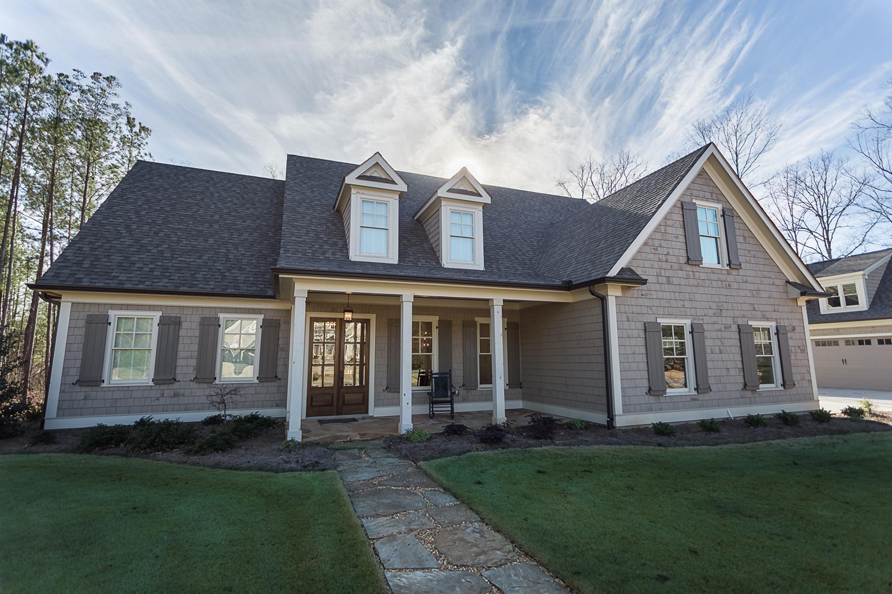 단독 가정 주택 용 매매 에 Better Than New! Builder's Personal Custom Home Built In 2015 370 Sidney Lane, Fayetteville, 조지아, 30215 미국