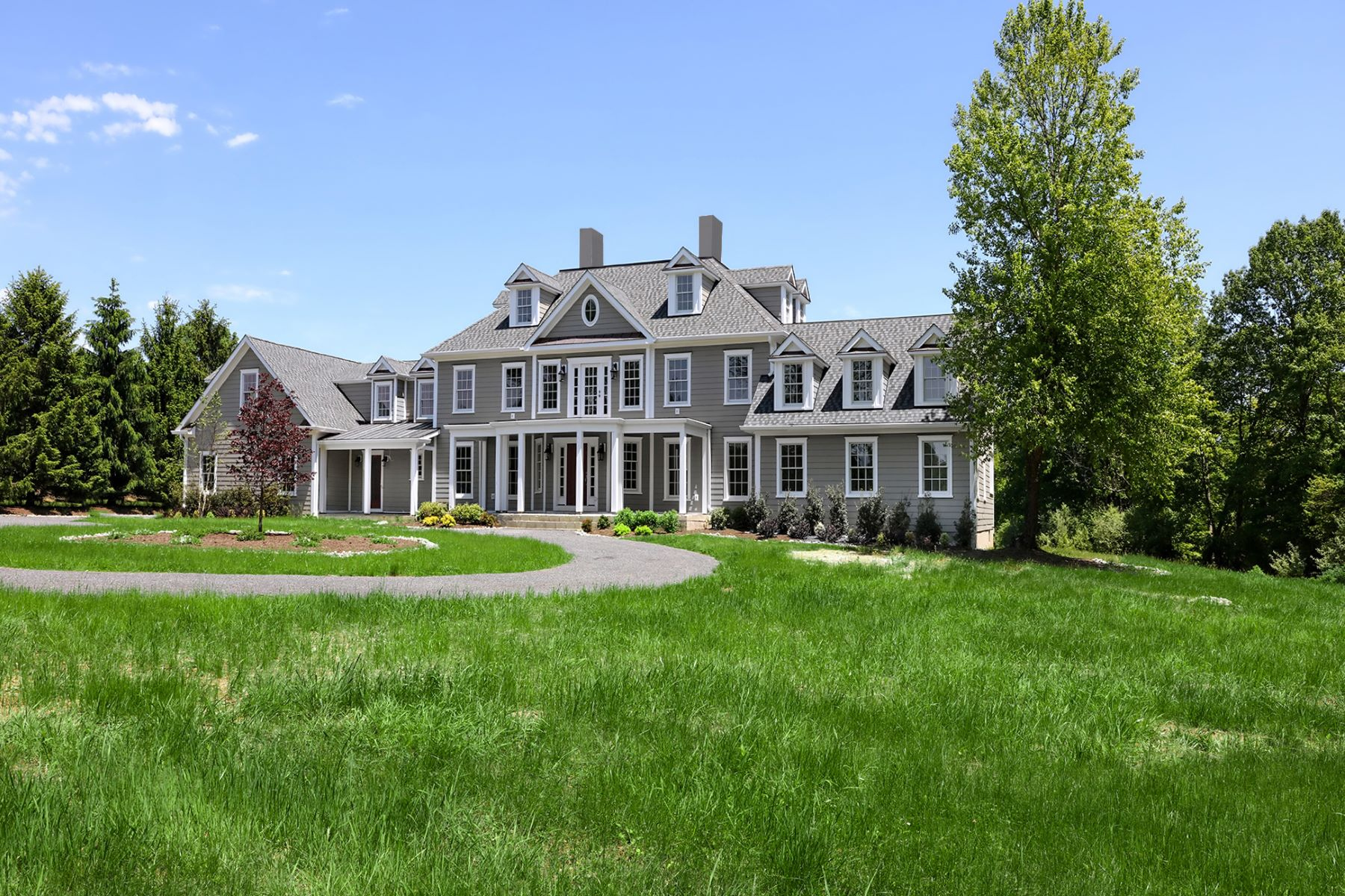 Additional photo for property listing at Every Amenity in this Spectacular Estate-Style Home 114 Federal Twist Road, Stockton, New Jersey 08559 United States