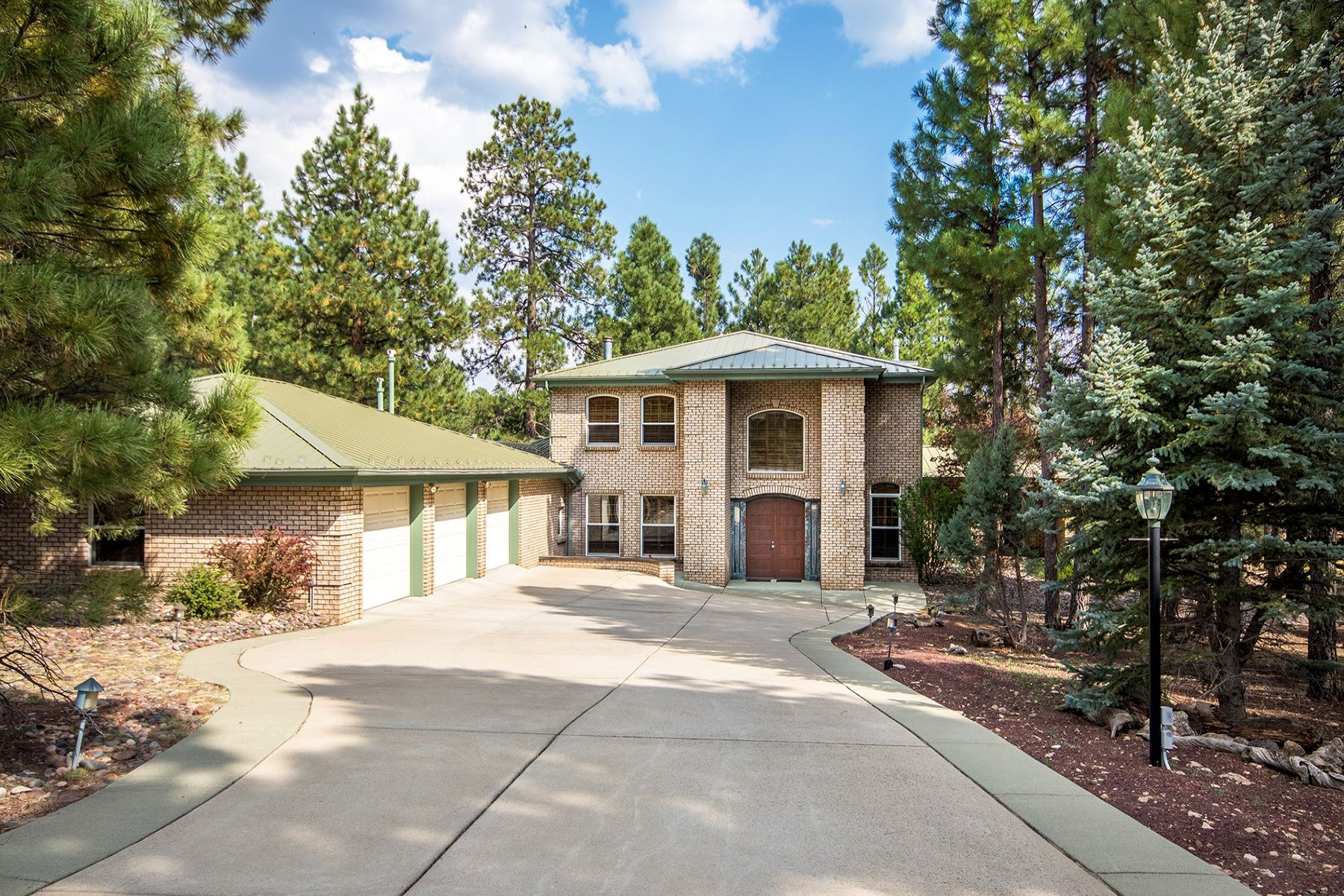 Casa Unifamiliar por un Venta en Lakeside Acres Estates Home 5035 E Lake Country RD, Flagstaff, Arizona, 86004 Estados Unidos