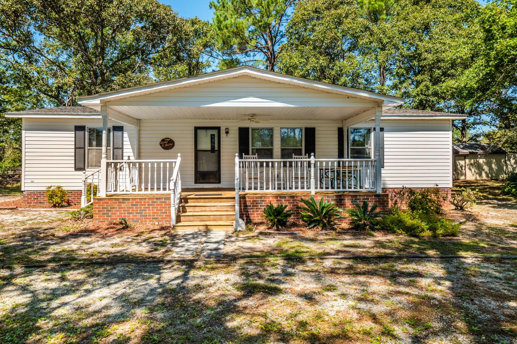 Single Family Homes 为 销售 在 Beach Get-a-Way 211 Doe Ridge Road, 汉普斯特德, 北卡罗来纳州 28443 美国