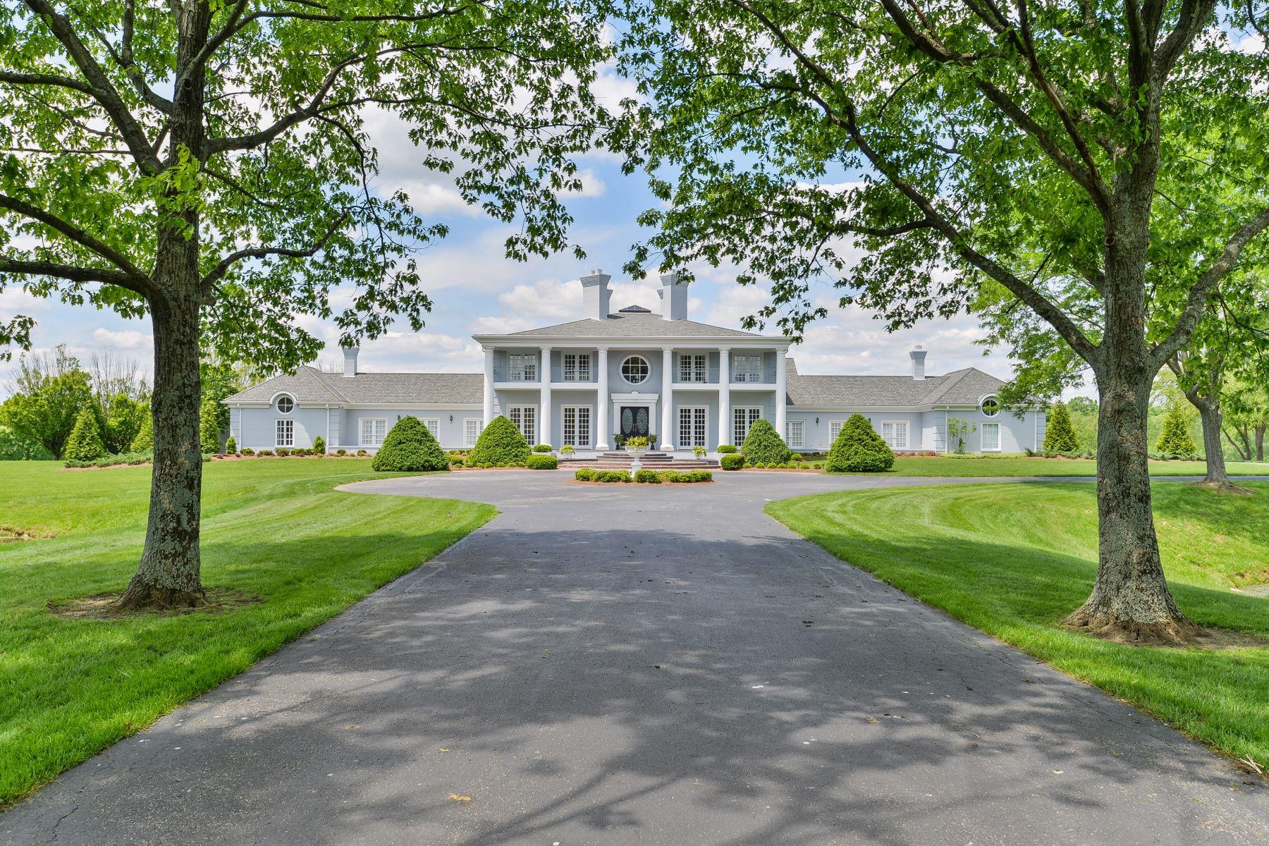 Ферма / ранчо / плантация для того Продажа на 1700 Park Shore Rd La Grange, Кентукки 40031 Соединенные Штаты