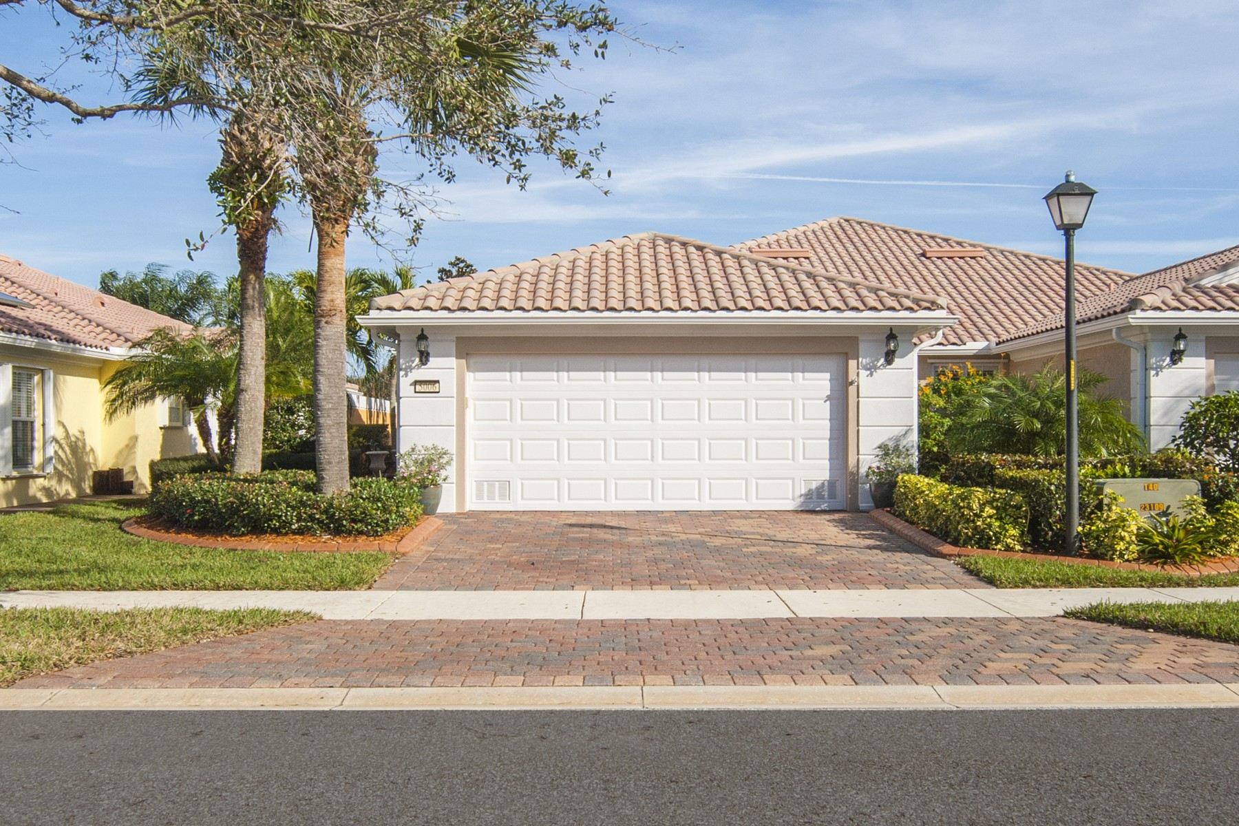 Single Family Home for Sale at Beautifully Upgraded Expanded Capri Model 5006 Corsica Square Vero Beach, Florida 32967 United States