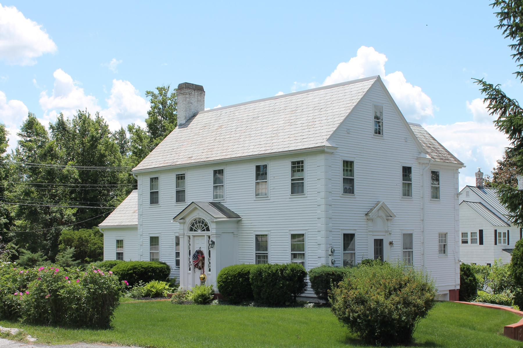 Single Family Home for Sale at Bellevue Colonial 135 Bellevue Ave Rutland, Vermont 05701 United States