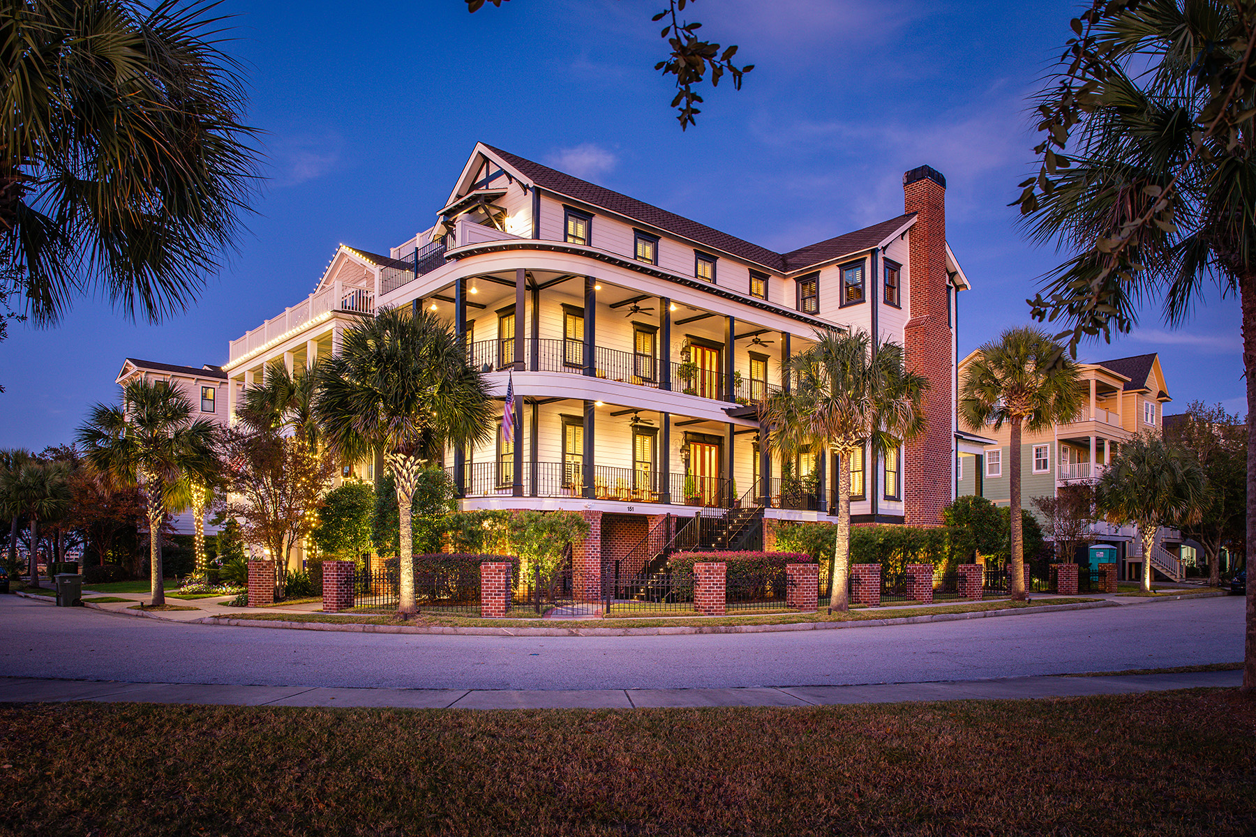 Single Family Homes for Active at 151 Mary Ellen Drive Charleston, South Carolina 29403 United States