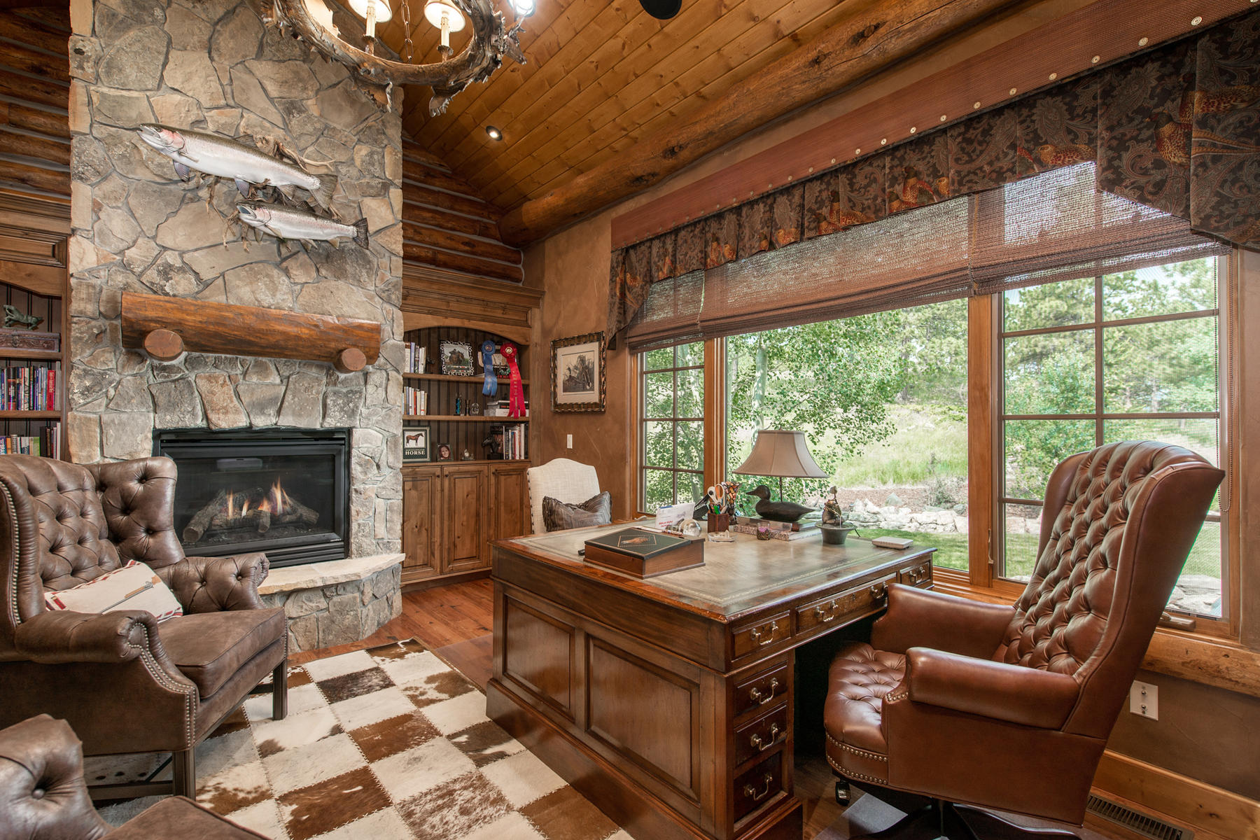 Additional photo for property listing at Off the beaten path in Golden Colorado 7775 Spirit Ranch Rd Golden, Colorado 80403 United States