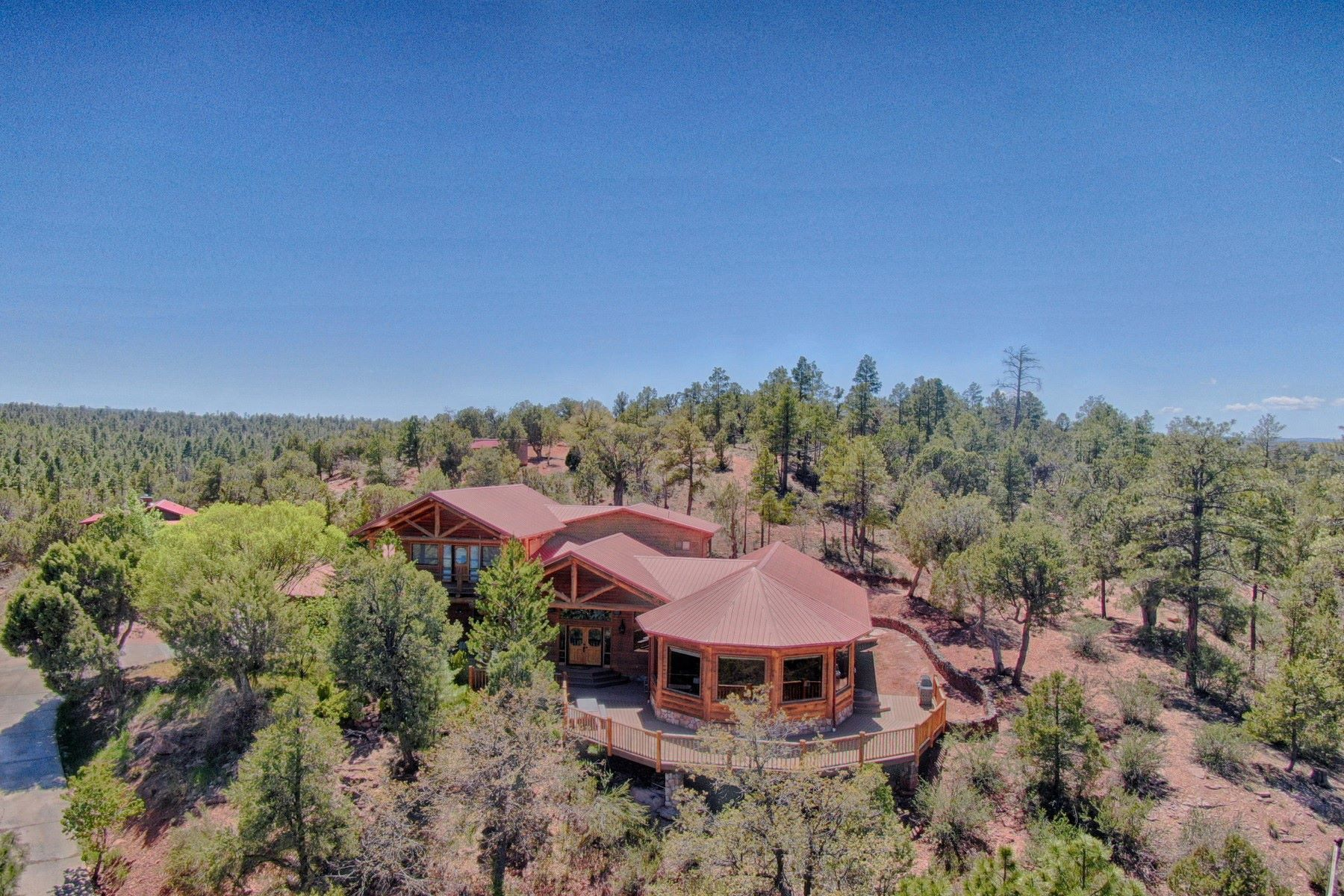 single family homes for Active at Magnificent Gentleman's Horse Property 5550 Paint Pony Trl Show Low, Arizona 85901 United States