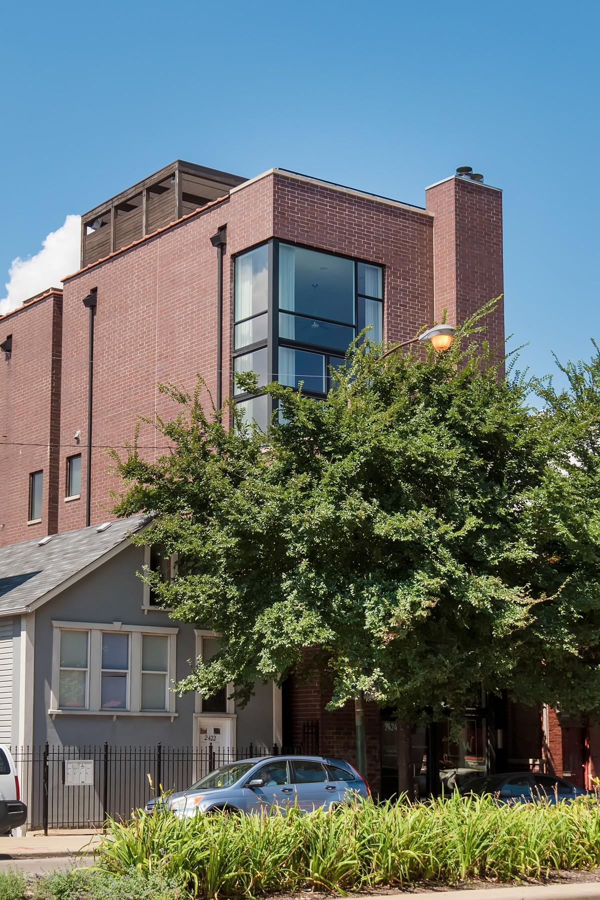 콘도미니엄 용 매매 에 Jaw-Dropping Duplex Penthouse 2424 N Ashland Avenue Unit PH Chicago, 일리노이즈, 60614 미국