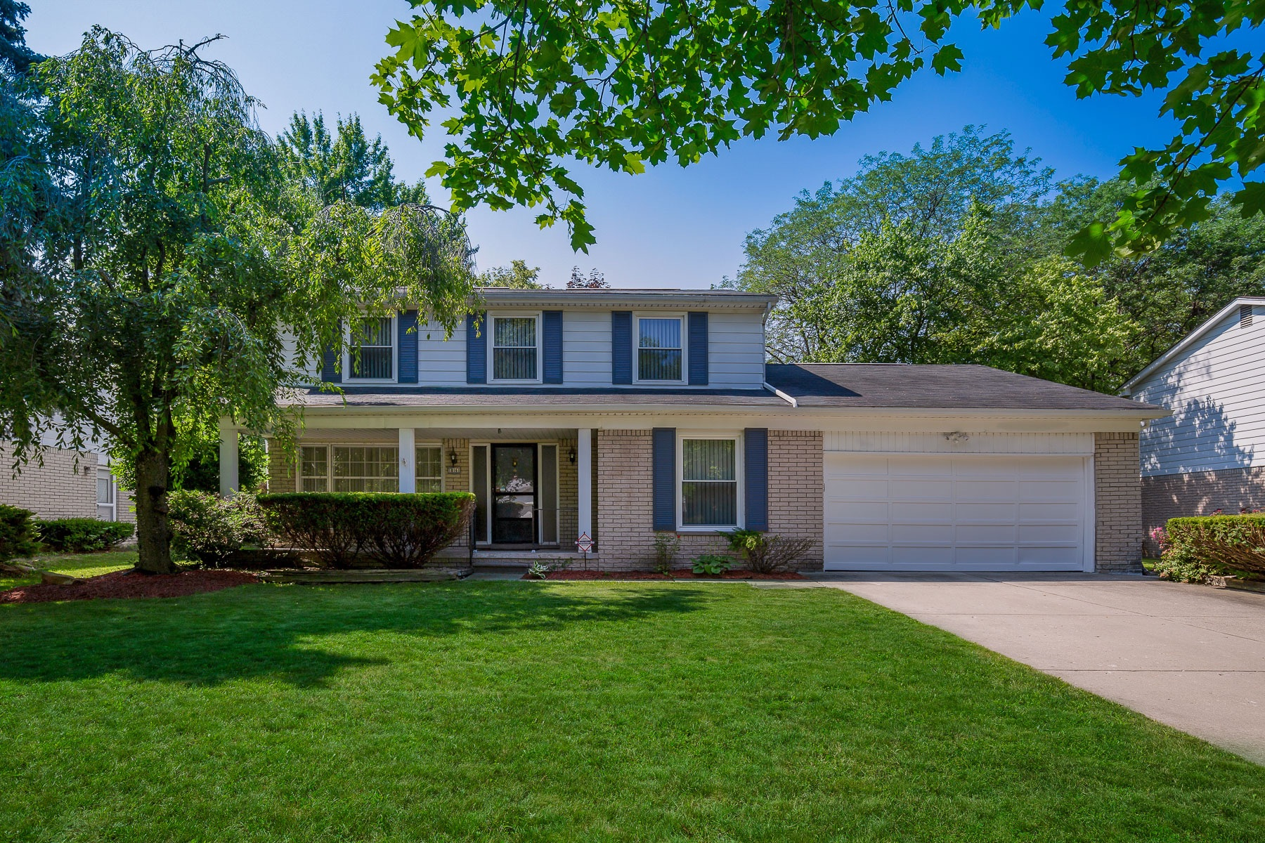 Single Family Homes for Active at Lathrup Village 18161 Ramsgate Dr Lathrup Village, Michigan 48076 United States