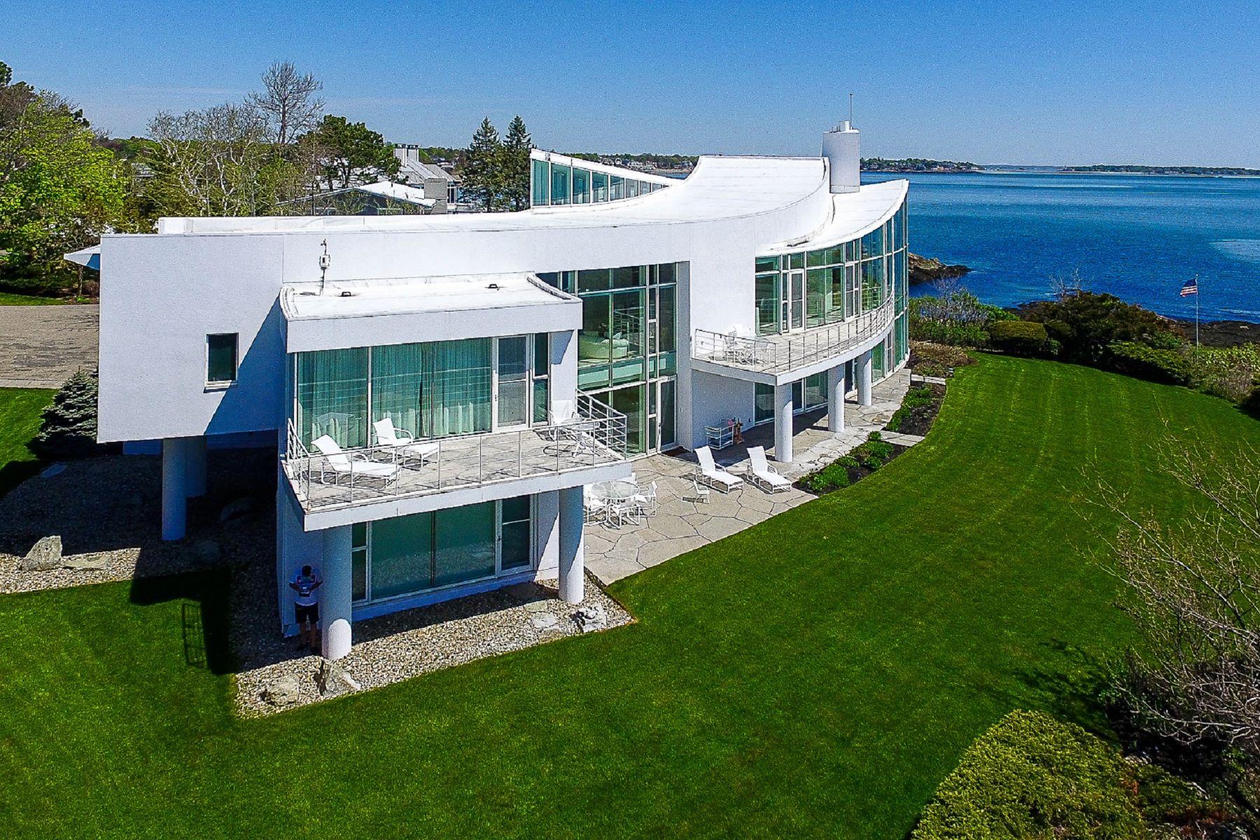 Casa Unifamiliar por un Venta en Extraordinary Ocean Front Contemporary Home 45 Little's Point Swampscott, Massachusetts 01907 Estados Unidos