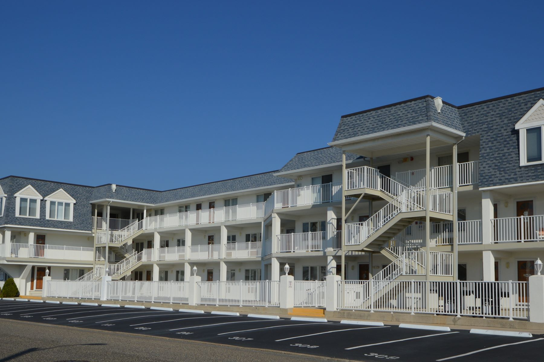 condominiums for Rent at Convenient Location Condo 177 80th Street Unit 101 Avalon, New Jersey 08202 United States