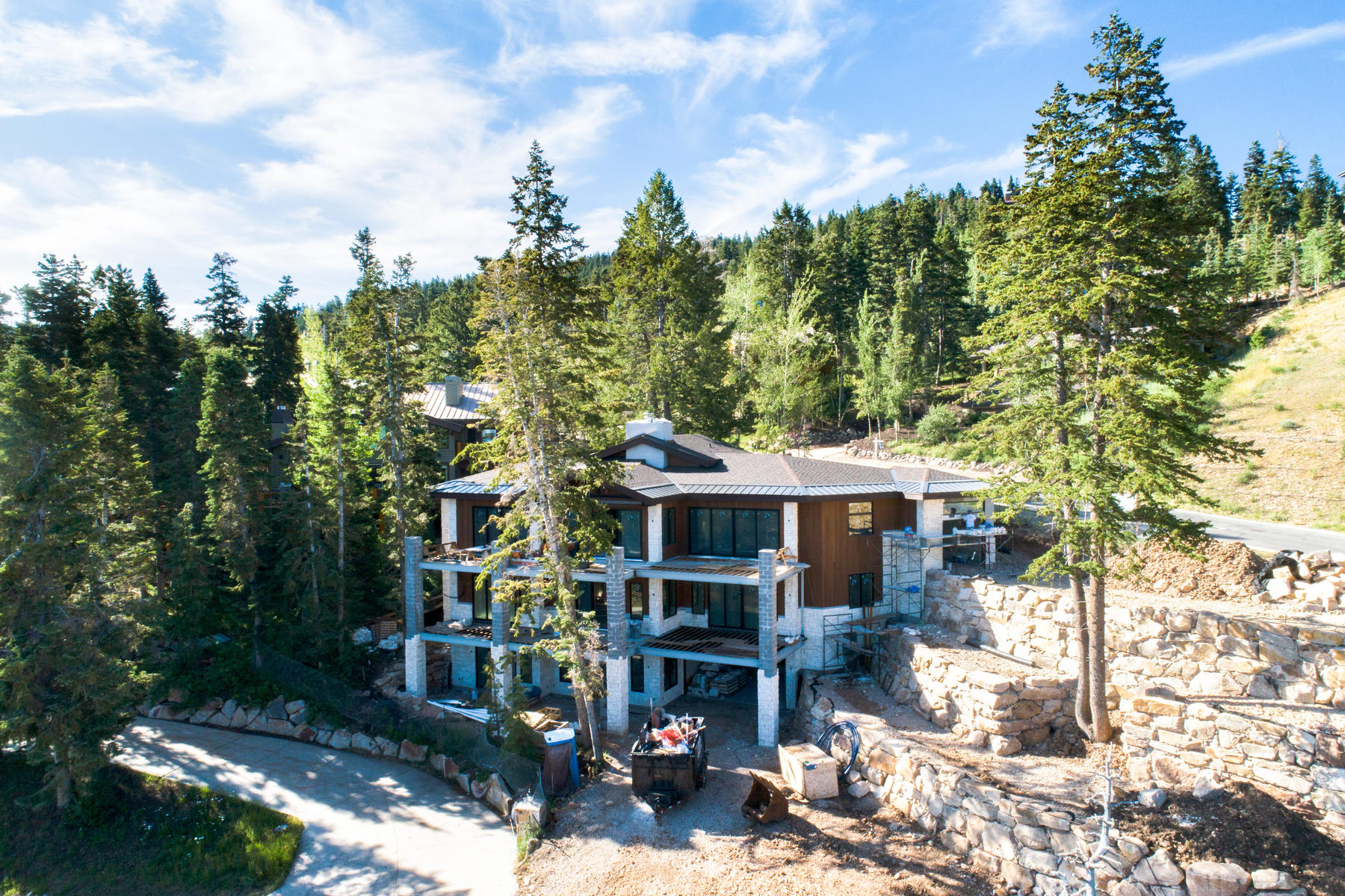 Single Family Homes for Sale at New Construction Ski Home In Deer Valley 6400 Silver Lake Drive Park City, Utah 84060 United States
