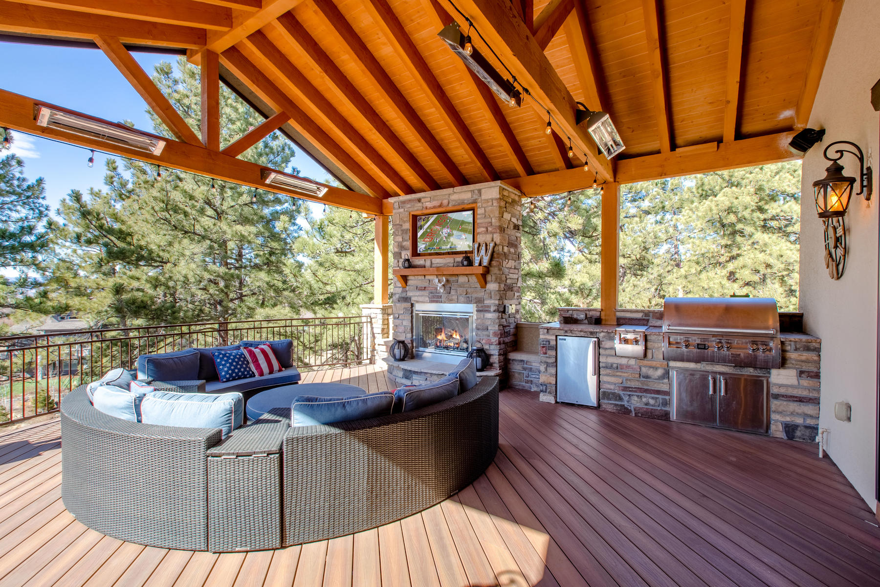 Single Family Home for Active at Colorado Contemporary Ranch homes sits in a Ponderosa Pine Forest on 3/4 acres. 2463 Saddleback Ct Castle Rock, Colorado 80104 United States
