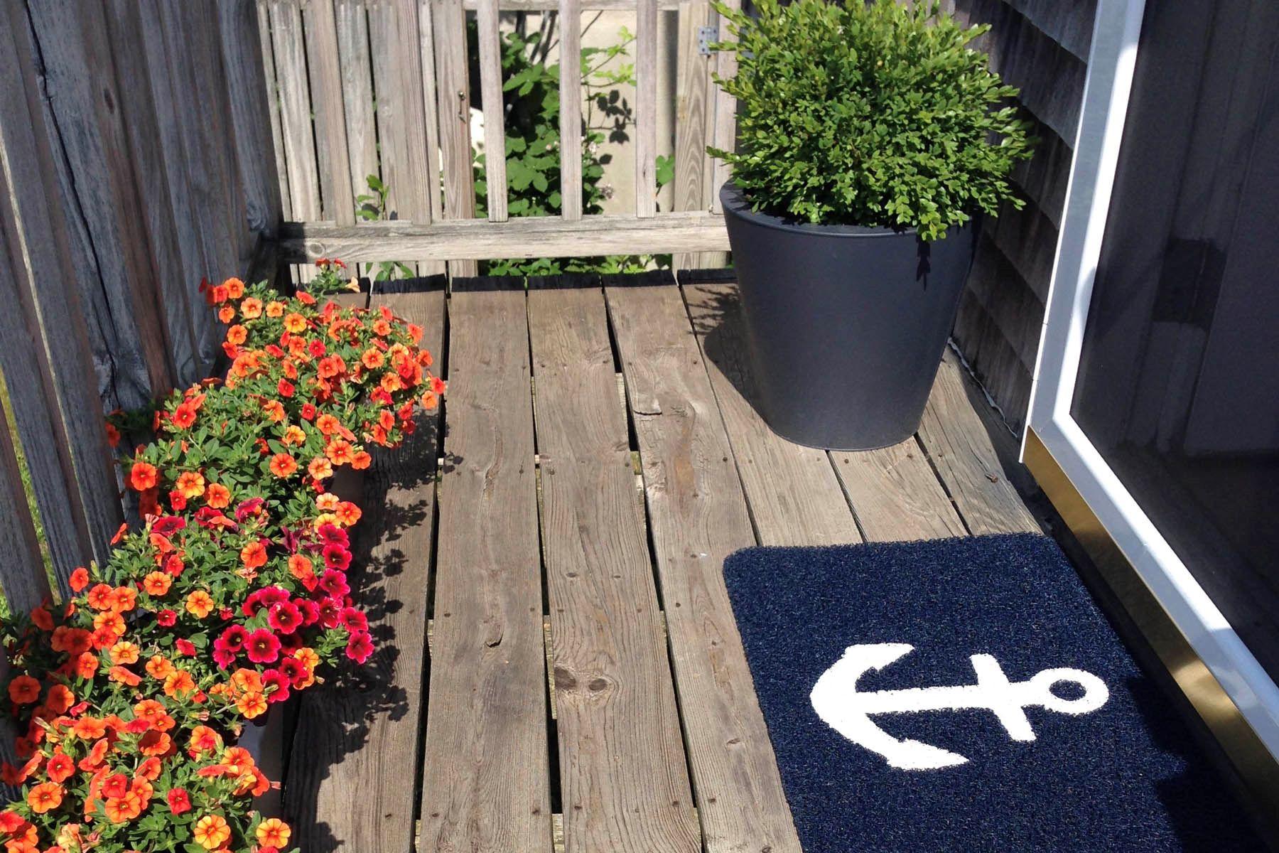 Kat Mülkiyeti için Satış at A Place to Call Home 133 Old South Road Unit A Nantucket, Massachusetts, 02554 Amerika Birleşik Devletleri