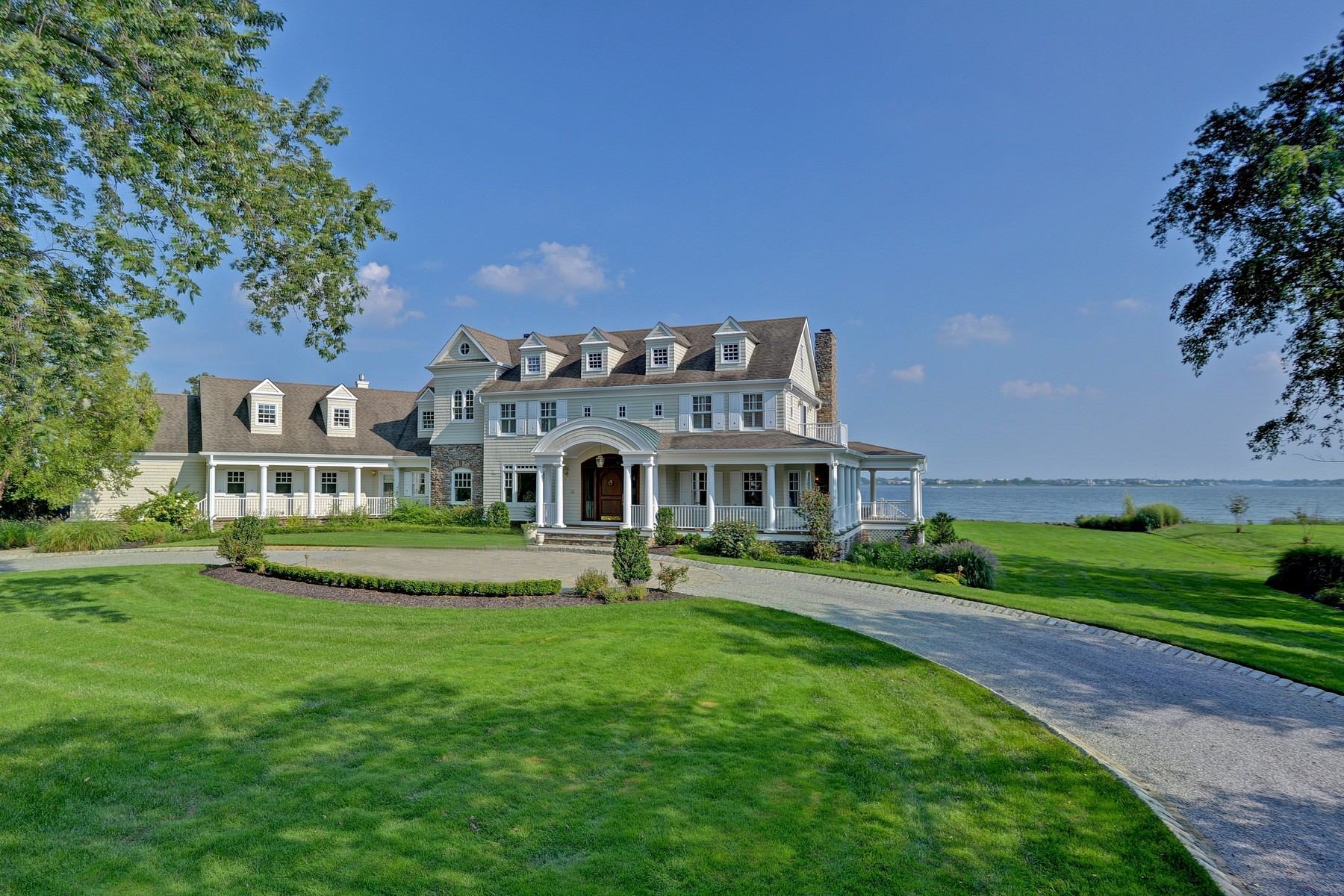 Single Family Home for Sale at Shrewsbury River Waterfront Estate 21 Heathcliff Rd., Rumson, New Jersey 07760 United States