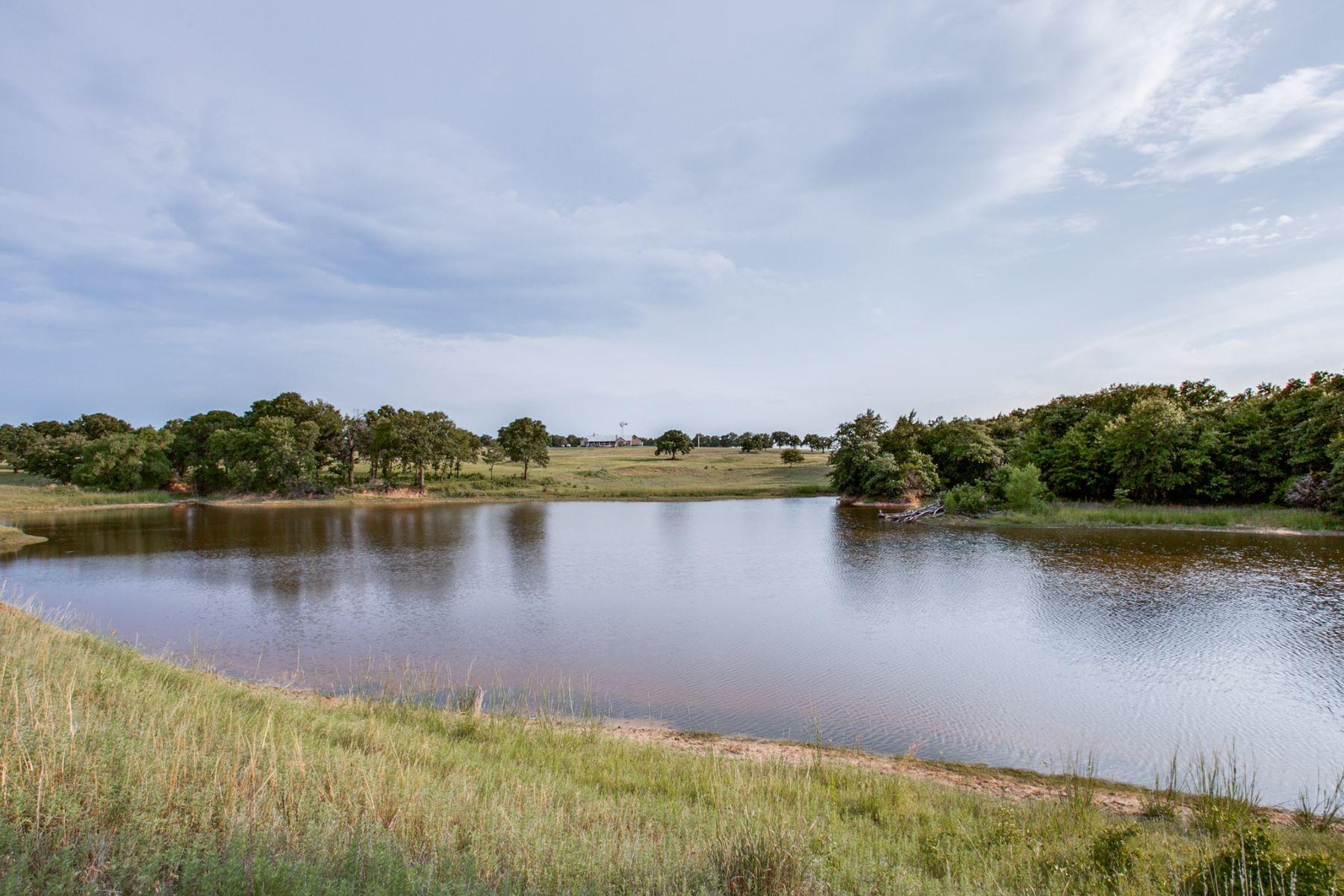 农场 / 牧场 / 种植园 为 销售 在 Walking C Ranch 1067 Huddleston Road Sunset, 得克萨斯州 76270 美国