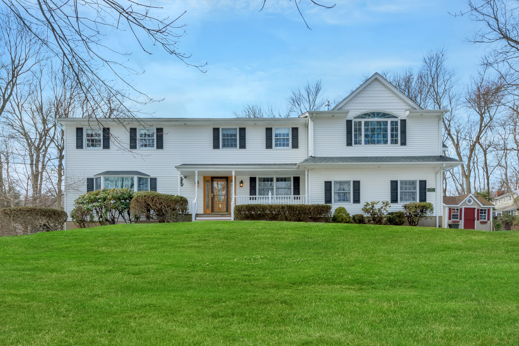 Single Family Home for Sale at A Gracious Center Hall Colonial. 20 North Avenue, Montvale, New Jersey 07645 United States