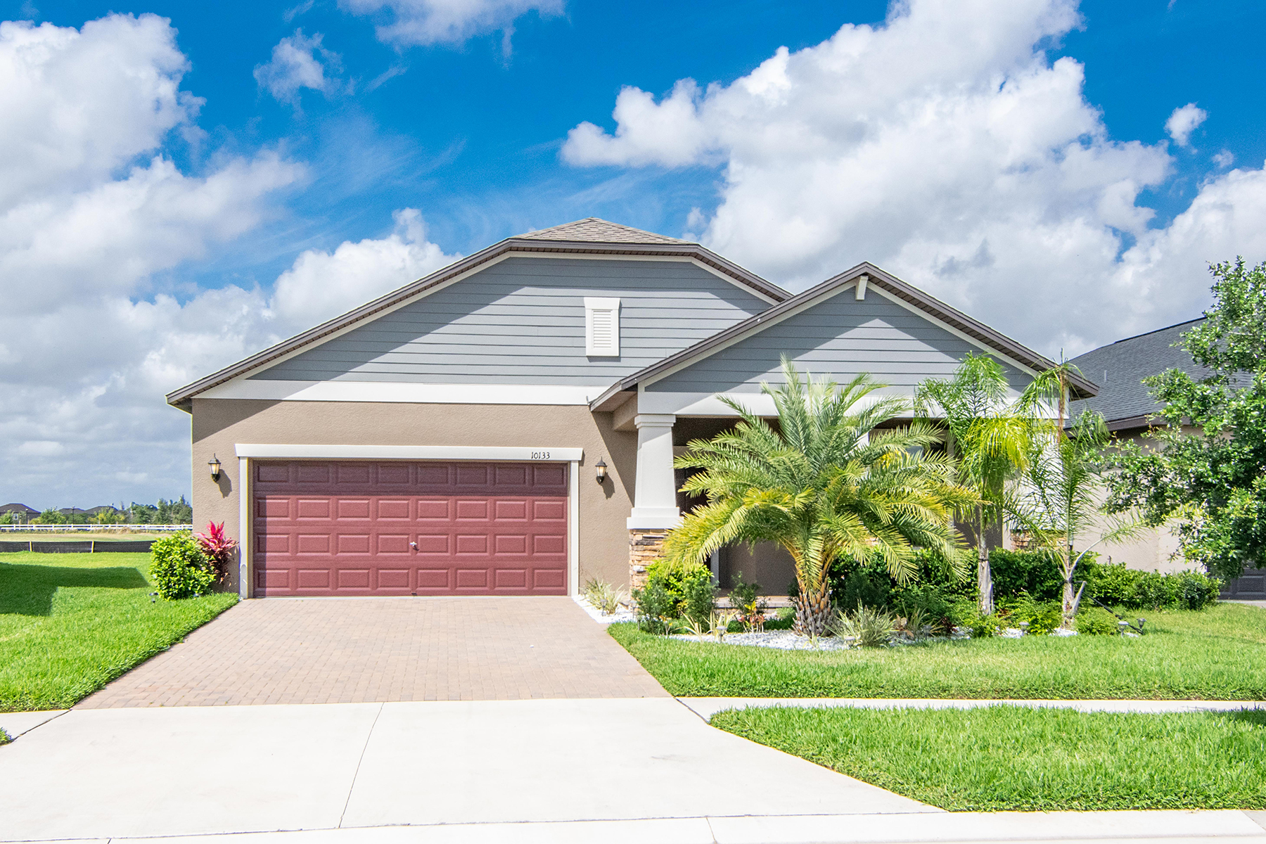 Single Family Homes for Sale at RUSKIN 10133 Count Fleet Dr Ruskin, Florida 33573 United States