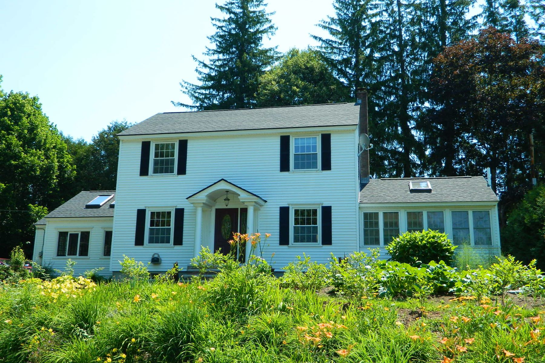 Single Family Home for Sale at 244 Underclyffe Rd., St. Johnsbury 244 Underclyffe Rd St. Johnsbury, Vermont 05819 United States