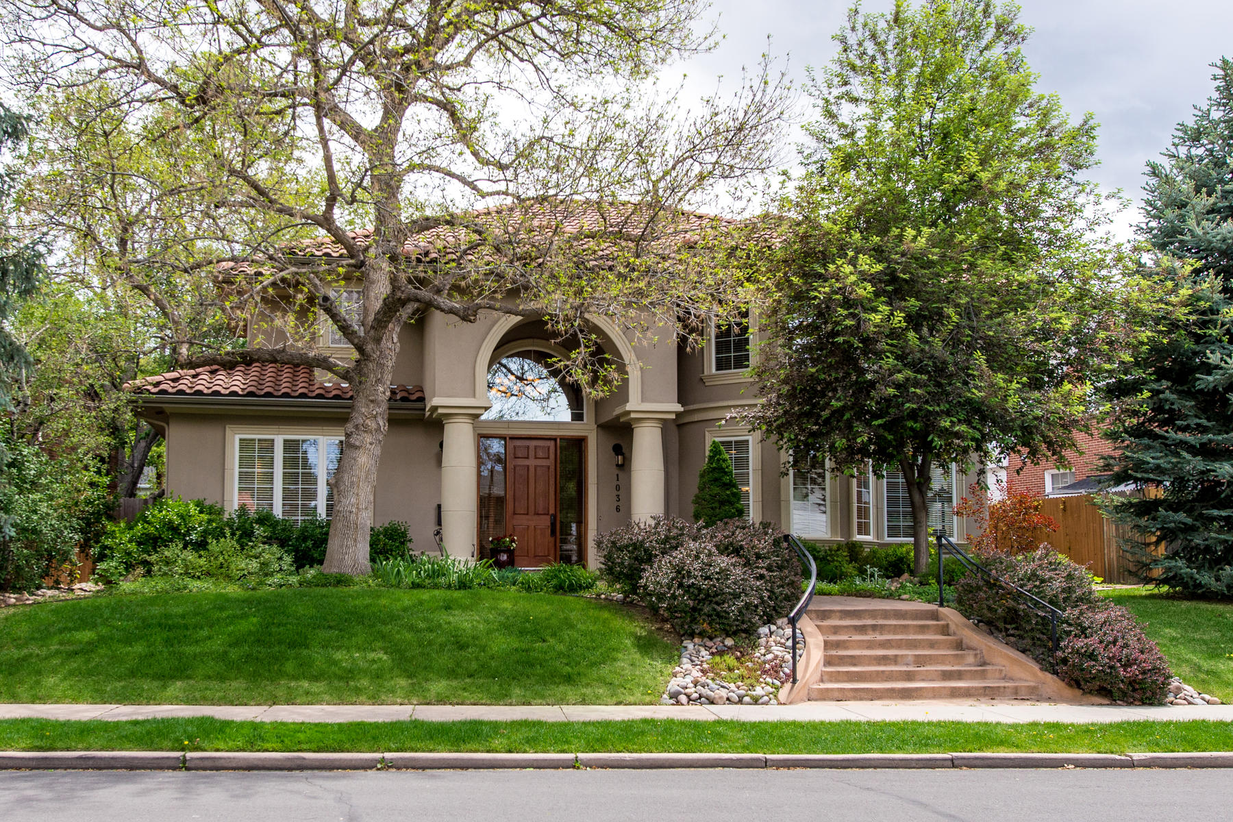 Single Family Home for Active at Tuscan Inspired 1036 S. Clayton Way Denver, Colorado 80209 United States