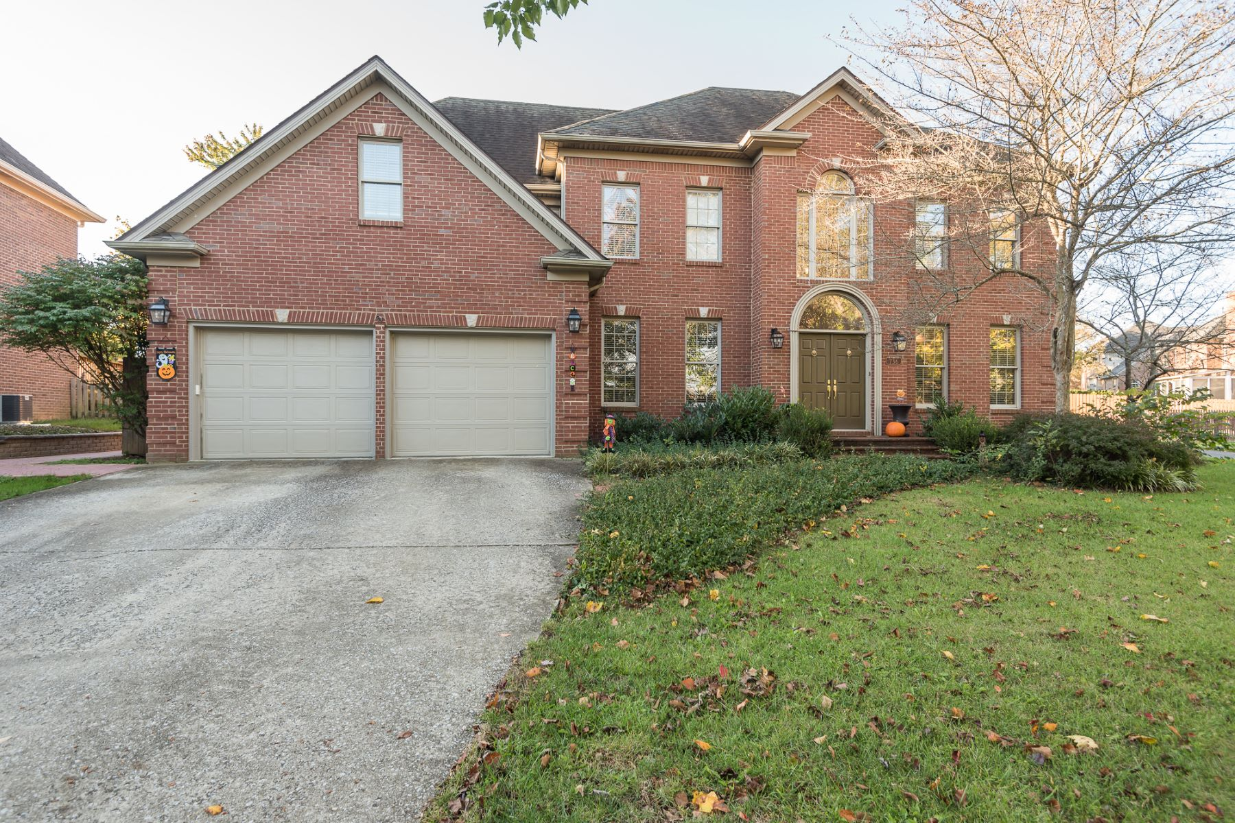 Single Family Home for Sale at 736 Andover Village Drive 736 Andover Village Drive Lexington, Kentucky 40509 United States