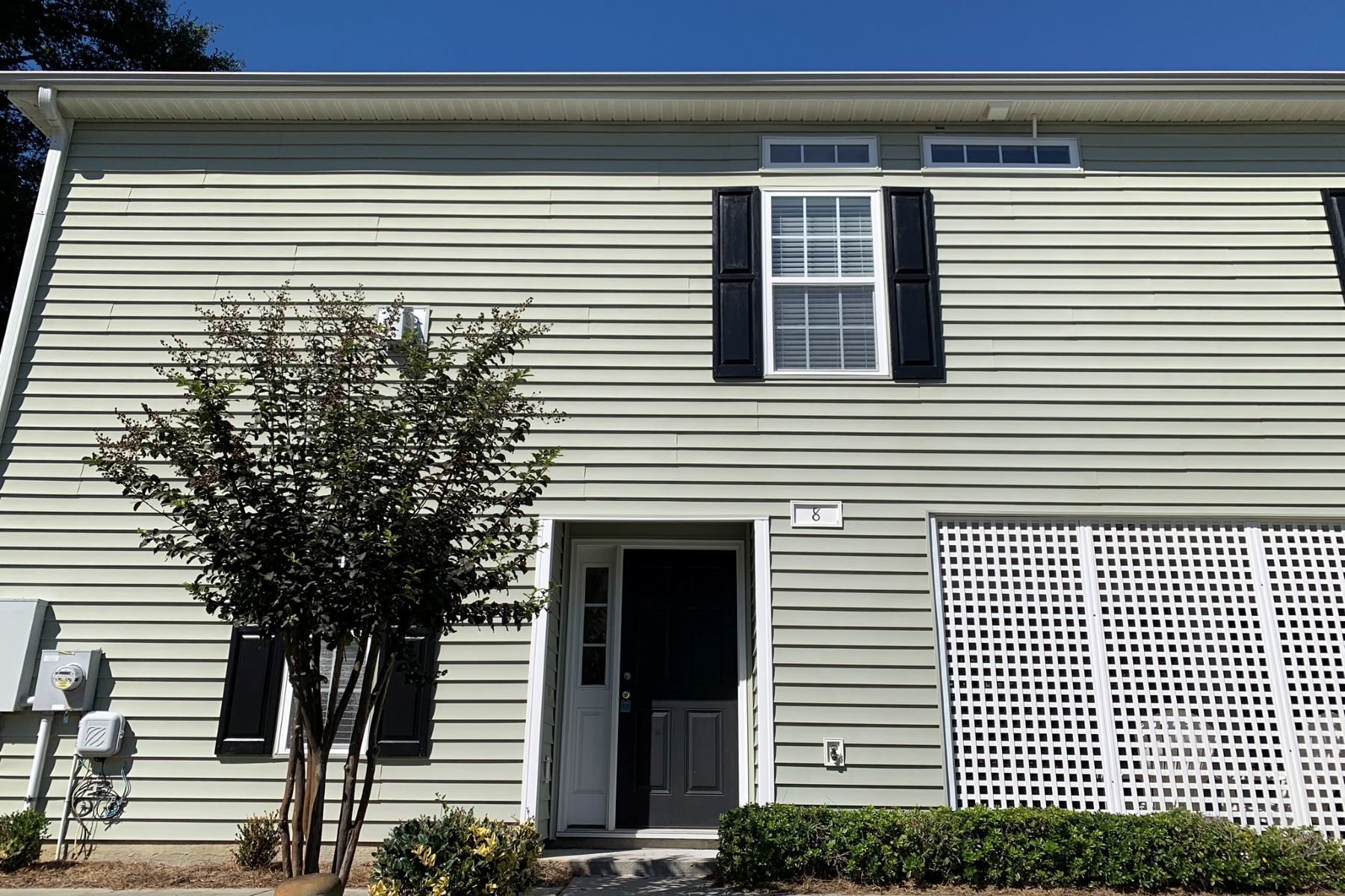 townhouses 용 매매 에 Charming Cottage with Vaulted Ceilings 670 2nd Avenue N 8, North Myrtle Beach, 사우스캐놀라이나 29582 미국