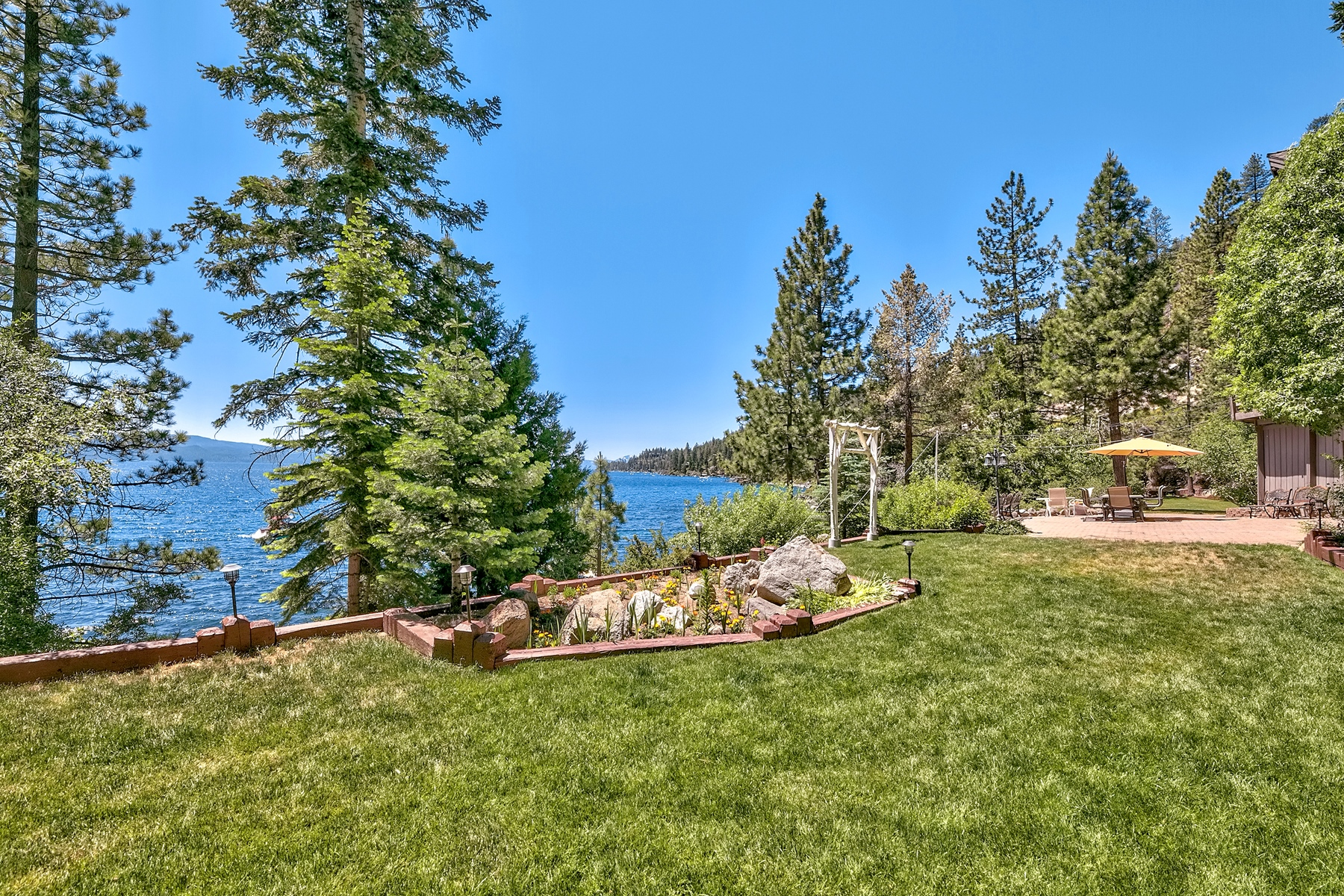 Additional photo for property listing at 453 Lakeshore Blvd., Incline Village, Nevada 453 Lakeshore Boulevard Incline Village, Nevada 89451 United States