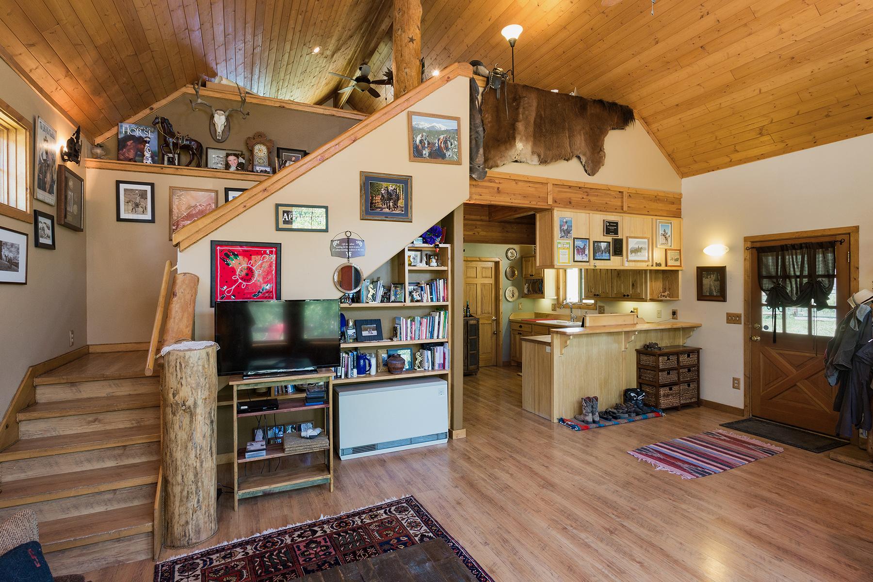 Additional photo for property listing at Rapp Corral 51 Haviland Lake Road Durango, Colorado 81301 Estados Unidos