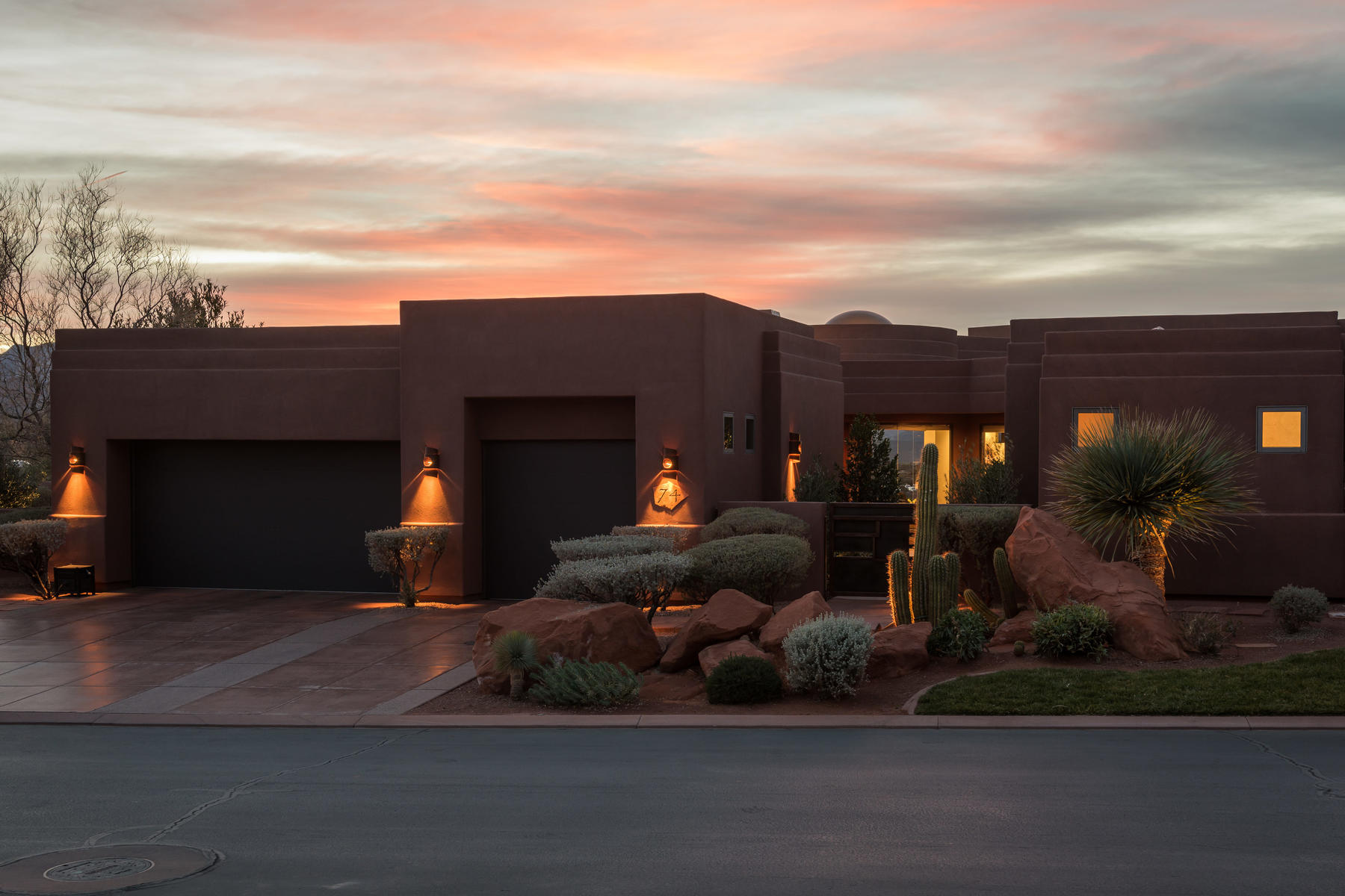Single Family Home for Sale at Contemporary Elegance 2331 W Entrada Trail #74 St. George, Utah 84770 United States