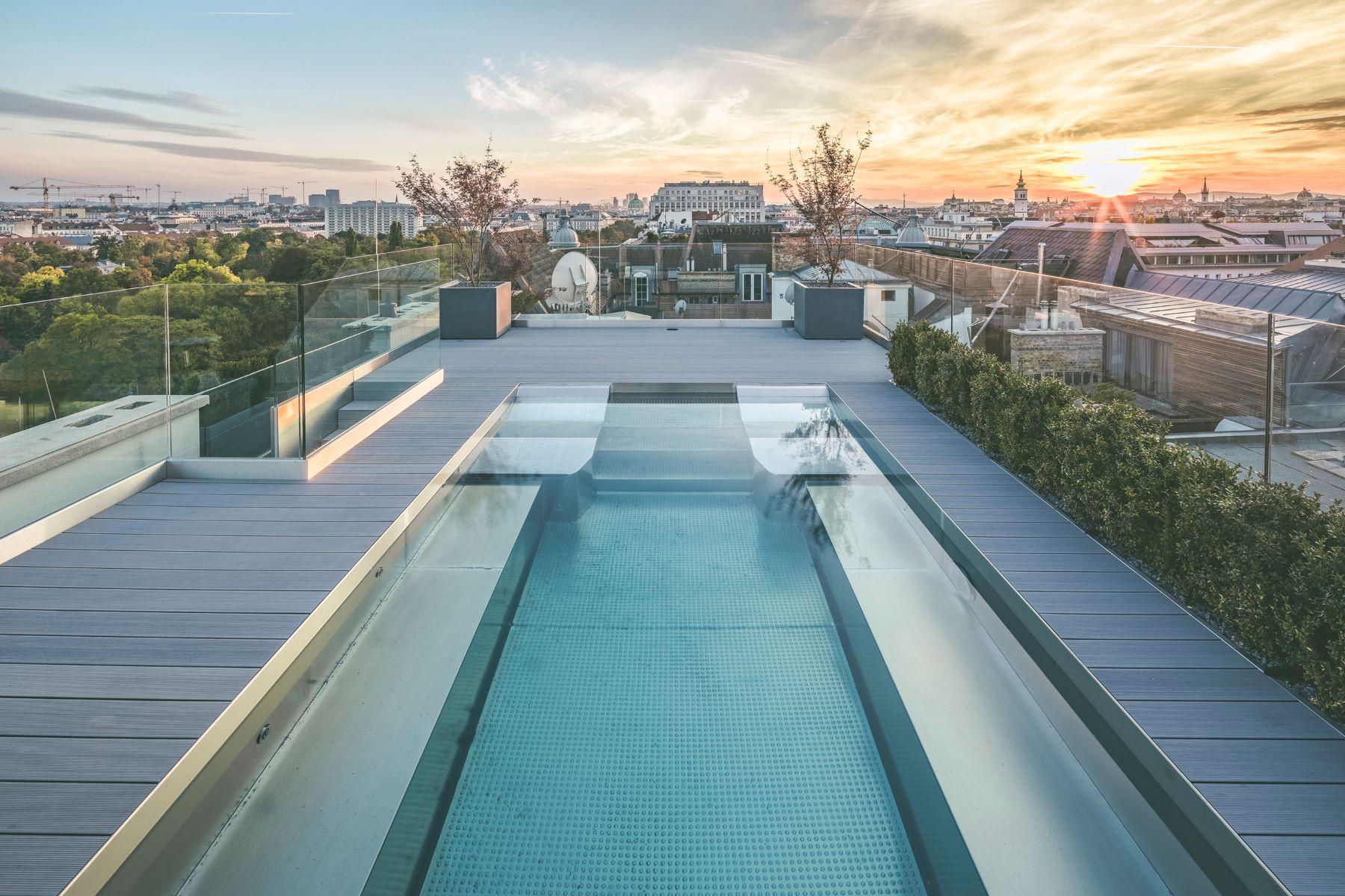 Appartement pour l Vente à Extravagant 4 Bed Penthouse Vienna, Vienna, 1010 Austria