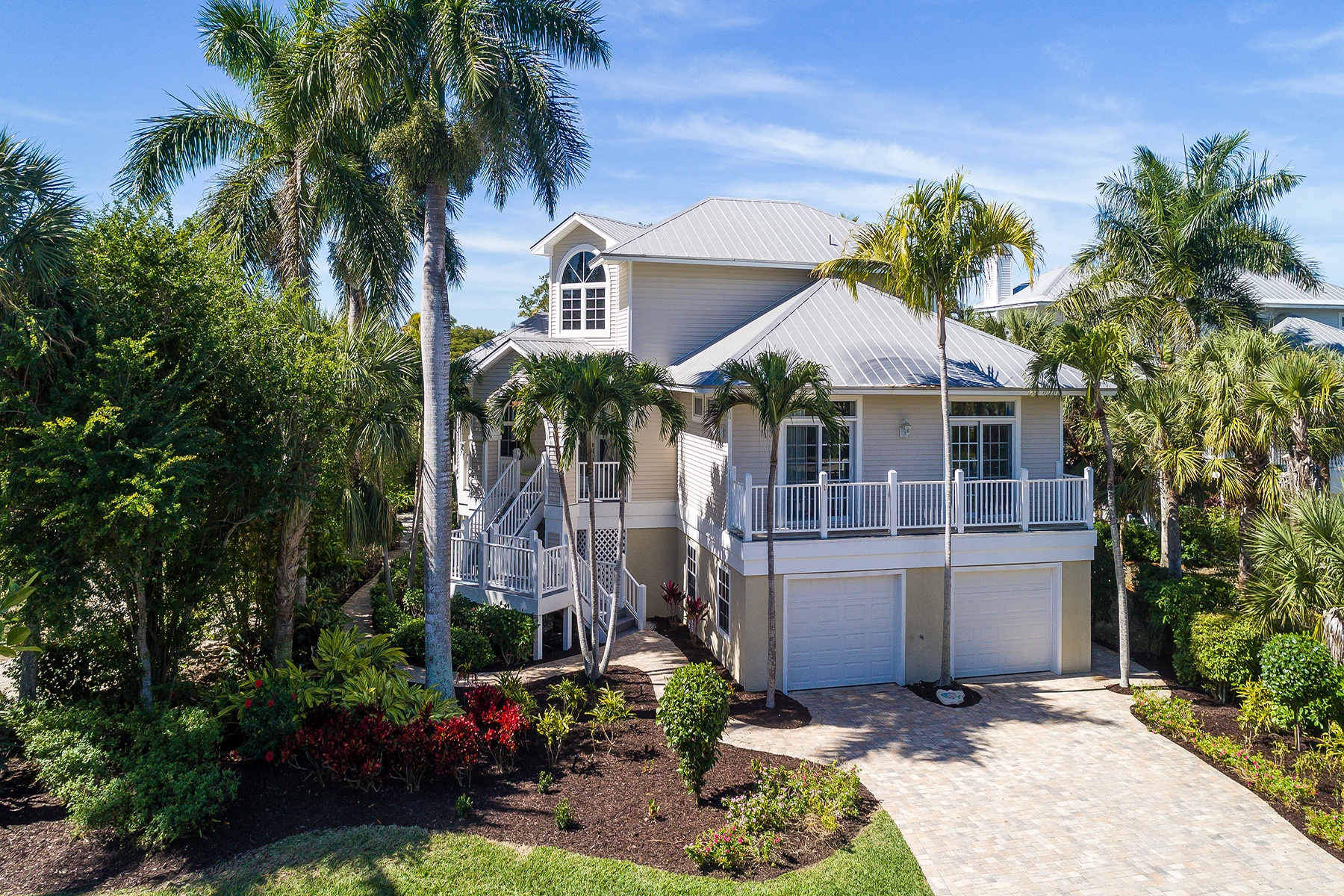 Single Family Homes for Sale at EASTWOOD LANDINGS AMENDED, EASTWOODLANDINGS AMENDED 911 Almas Ct Sanibel, Florida 33957 United States