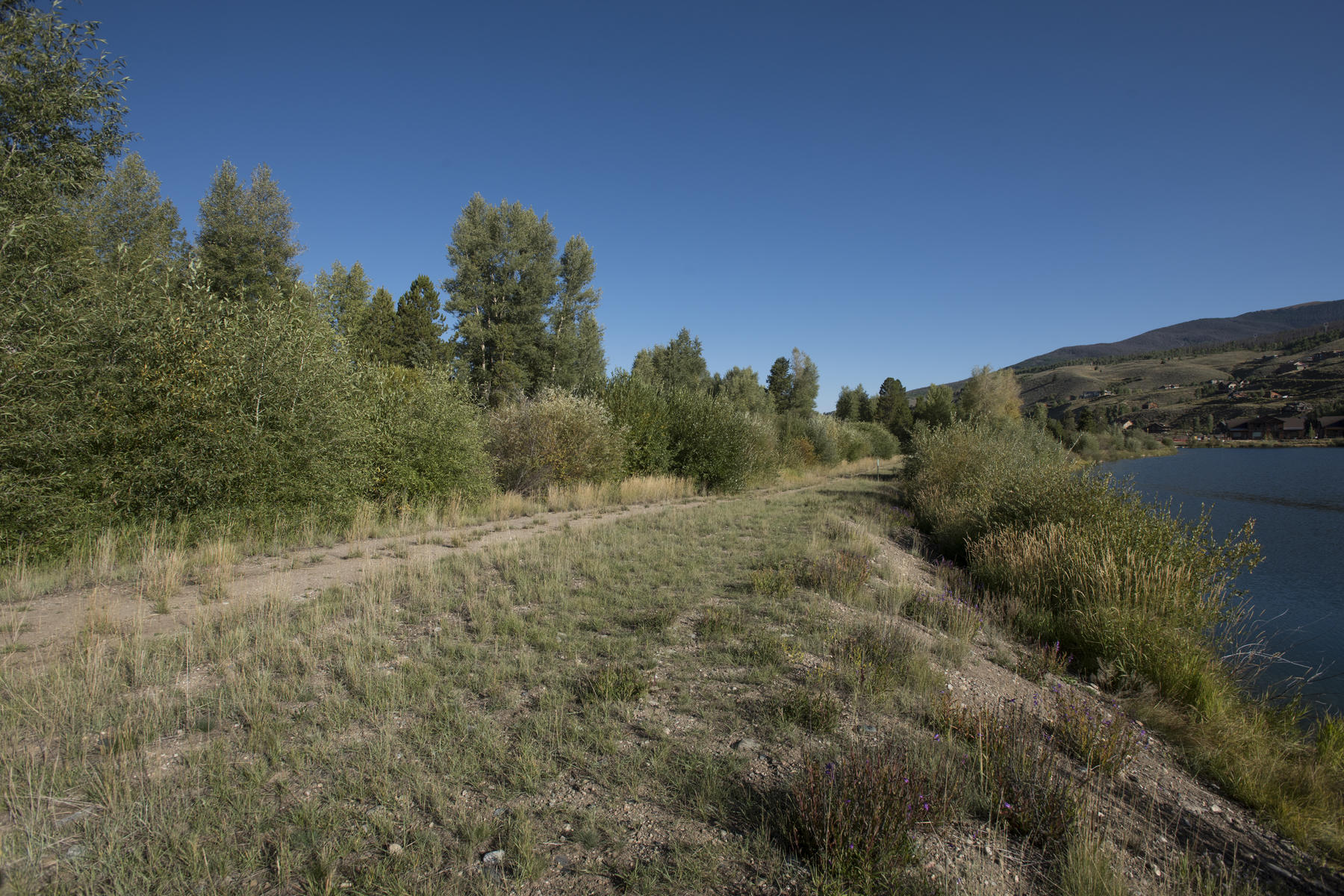 Additional photo for property listing at Waters at Silver Trout 16 Fenwick Lane Silverthorne, Colorado 80497 United States