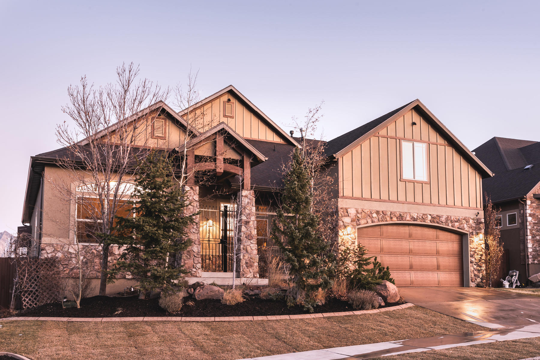 Single Family Homes for Sale at Main Floor Living At It's Finest 15401 S Eagle Crest Dr, Draper, Utah 84020 United States