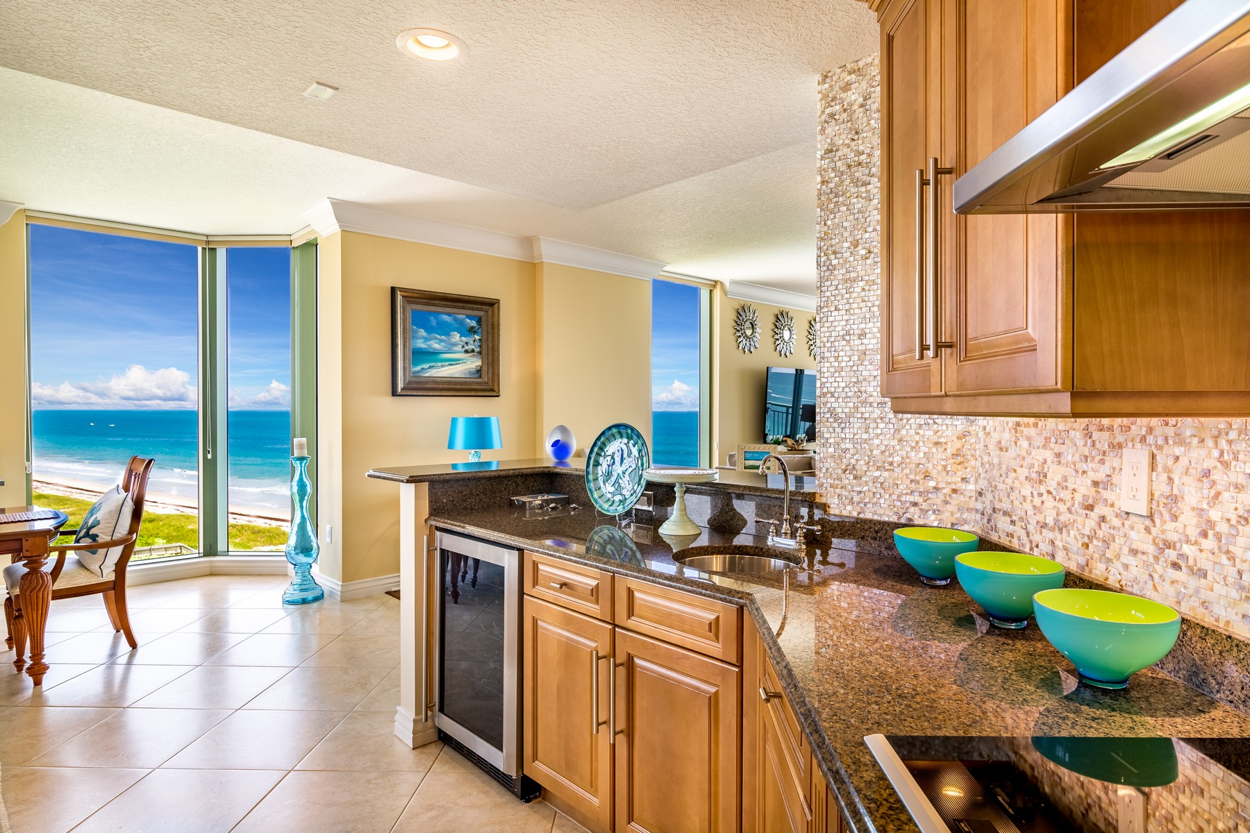 Additional photo for property listing at Private Oceanfront Paradise 4310 N Highway A1A, #802N Hutchinson Island, Florida 34949 United States