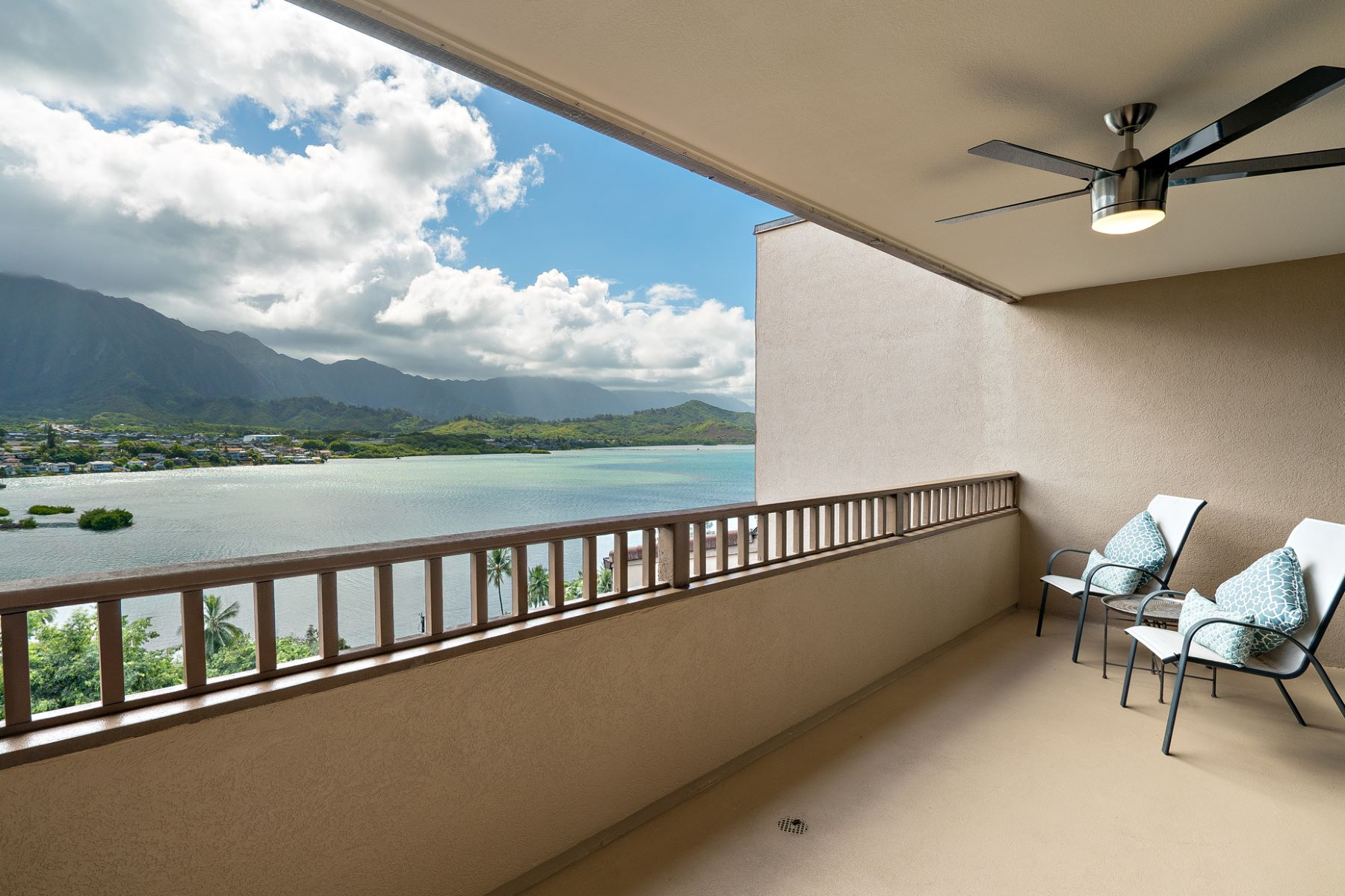 Townhouse for Sale at Dazzling Ocean Views 46-035 Konohiki Street #3862 Kaneohe, Hawaii 96744 United States