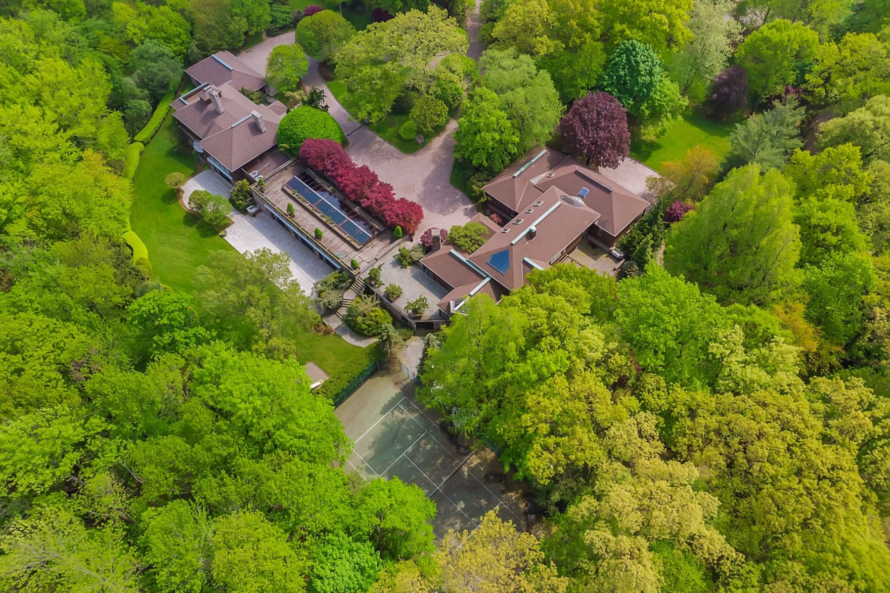 Single Family Home for Sale at 4 Acre Estate with Guest Home 27 Timberline Dr, Alpine, New Jersey 07620 United States