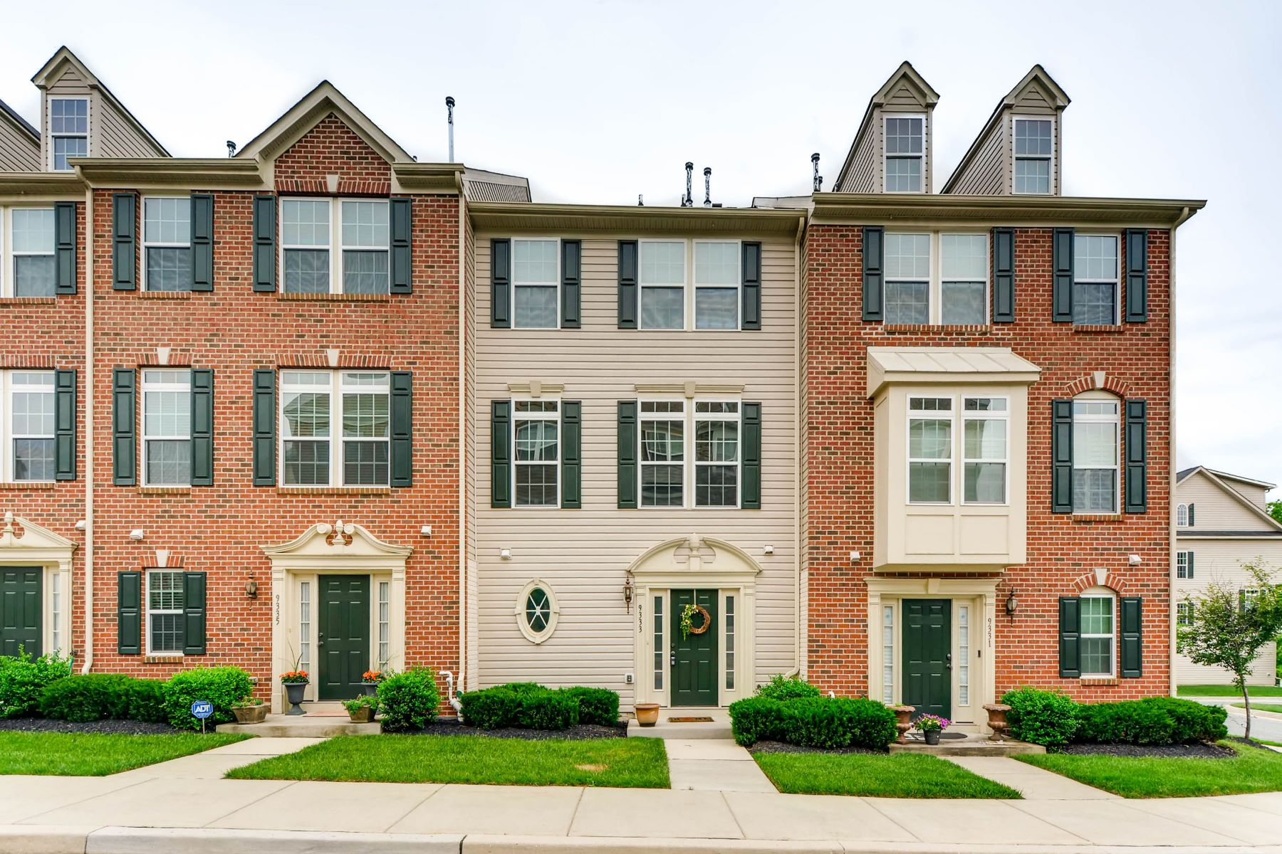 Townhouse for Sale at Red Run Villas III 9333 Paragon Way Owings Mills, Maryland 21117 United States