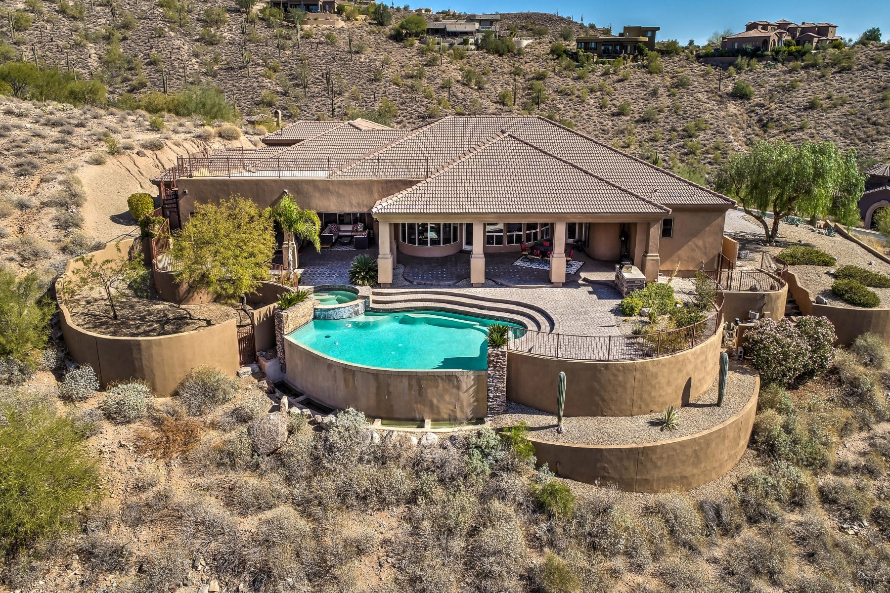 Single Family Home for Sale at Crestview at Fountain Hills 10624 N Arista Ln Fountain Hills, Arizona 85268 United States
