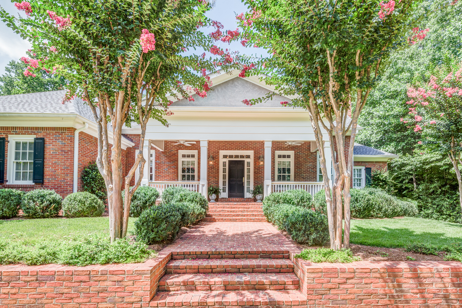 独户住宅 为 销售 在 Custom Home In Sought After Historic Marietta Community 500 Saint James Place NW 玛丽埃塔, 乔治亚州, 30064 美国