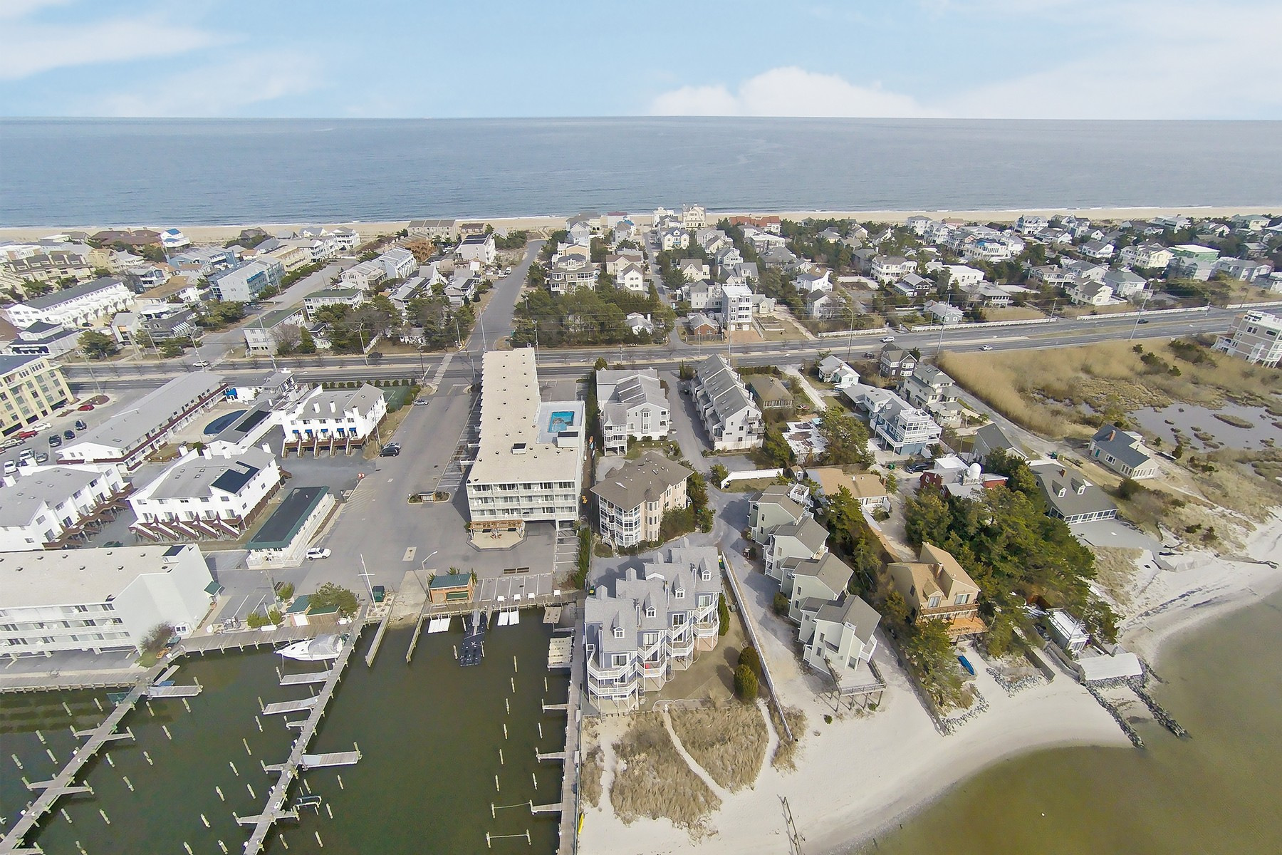 Condomínio para Venda às 1113 Anchor Way , 1113, Dewey Beach, DE 19971 1113 Anchor Way 1113, Dewey Beach, Delaware, 19971 Estados Unidos