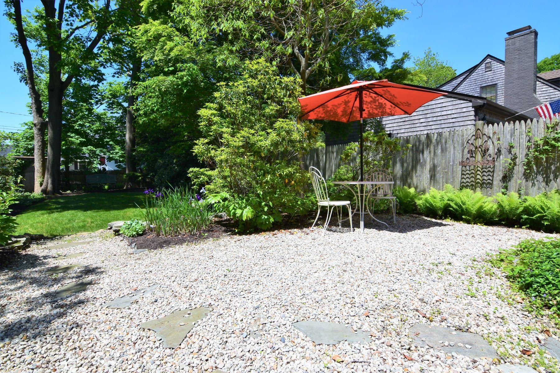 Additional photo for property listing at 'Whitestone' Gardener's Cottage 173 Rhode Island Avenue Newport, Rhode Island 02840 United States