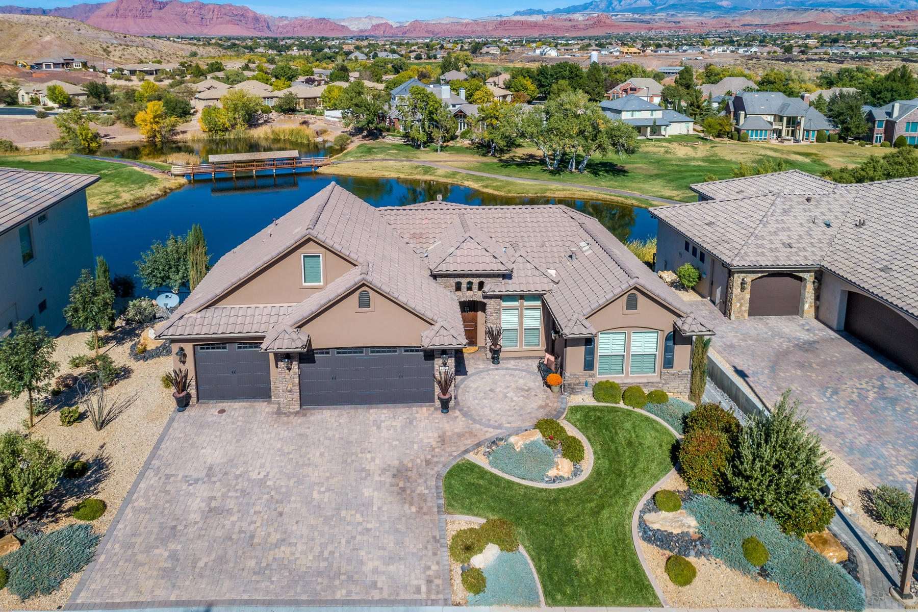 Single Family Homes for Sale at Masterfully Crafted Custom Home 2584 W Canyon Ridge Road, St. George, Utah 84770 United States