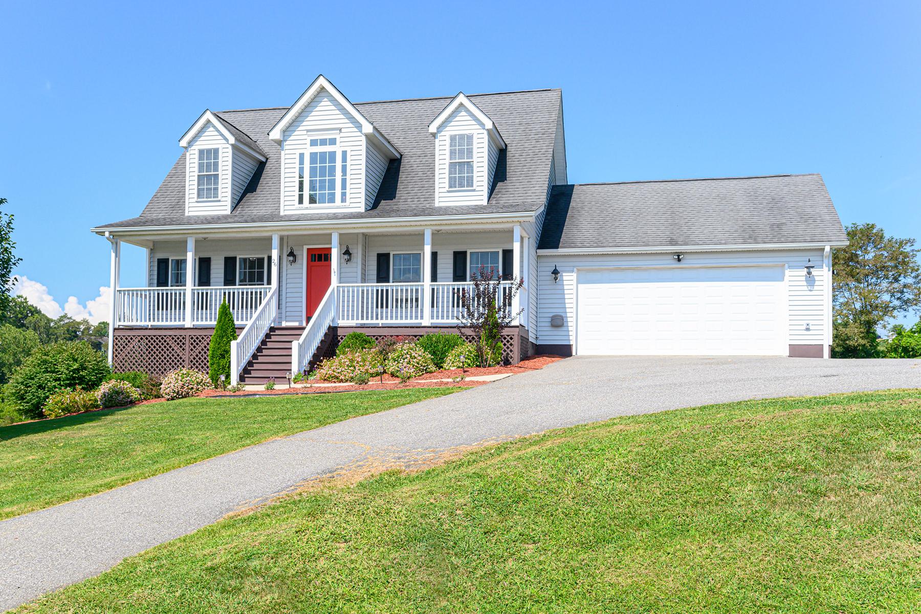 Single Family Homes for Active at CASTLEWOOD ESTATES 26 Castlewood Dr Alexander, North Carolina 28701 United States